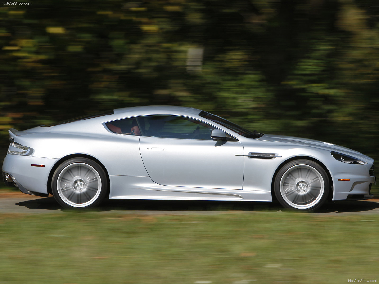 Aston Martin DBS Lightning Silver photo 49846