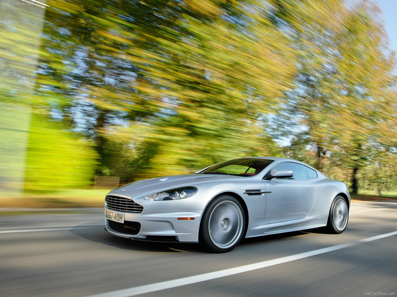 Aston Martin DBS Lightning Silver photo 49852