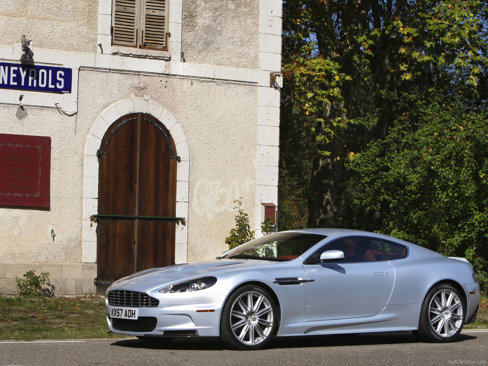 Aston Martin DBS Lightning Silver photo 49854