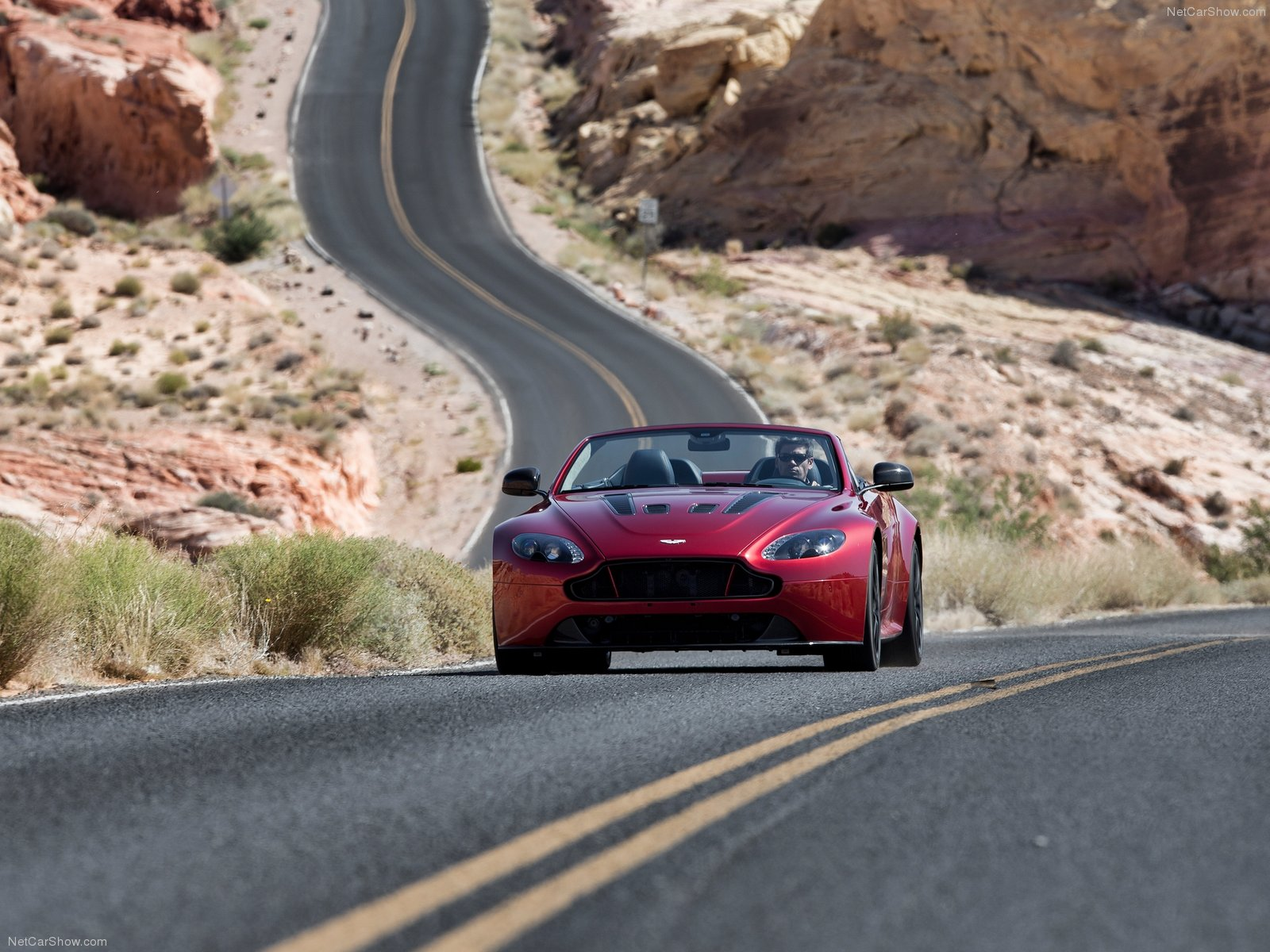 Aston Martin V12 Vantage S Roadster photo 124834