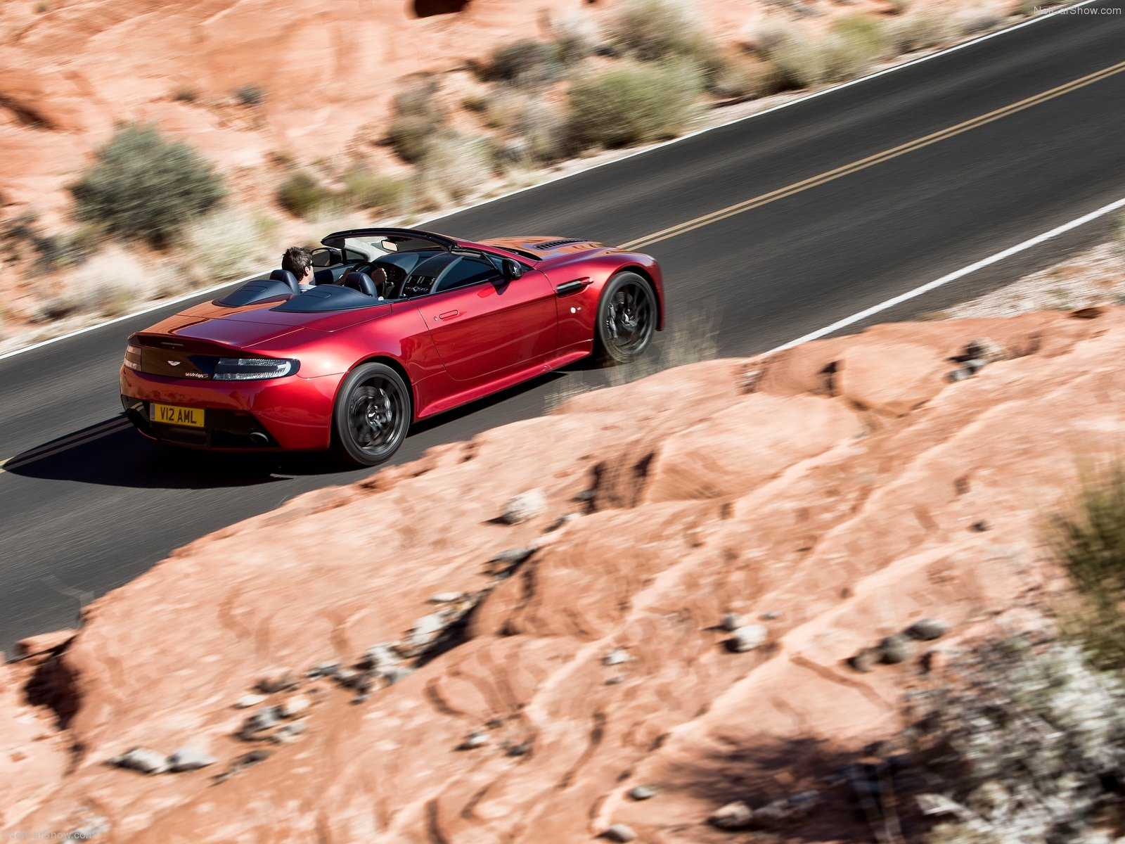 Aston Martin V12 Vantage S Roadster photo 131705