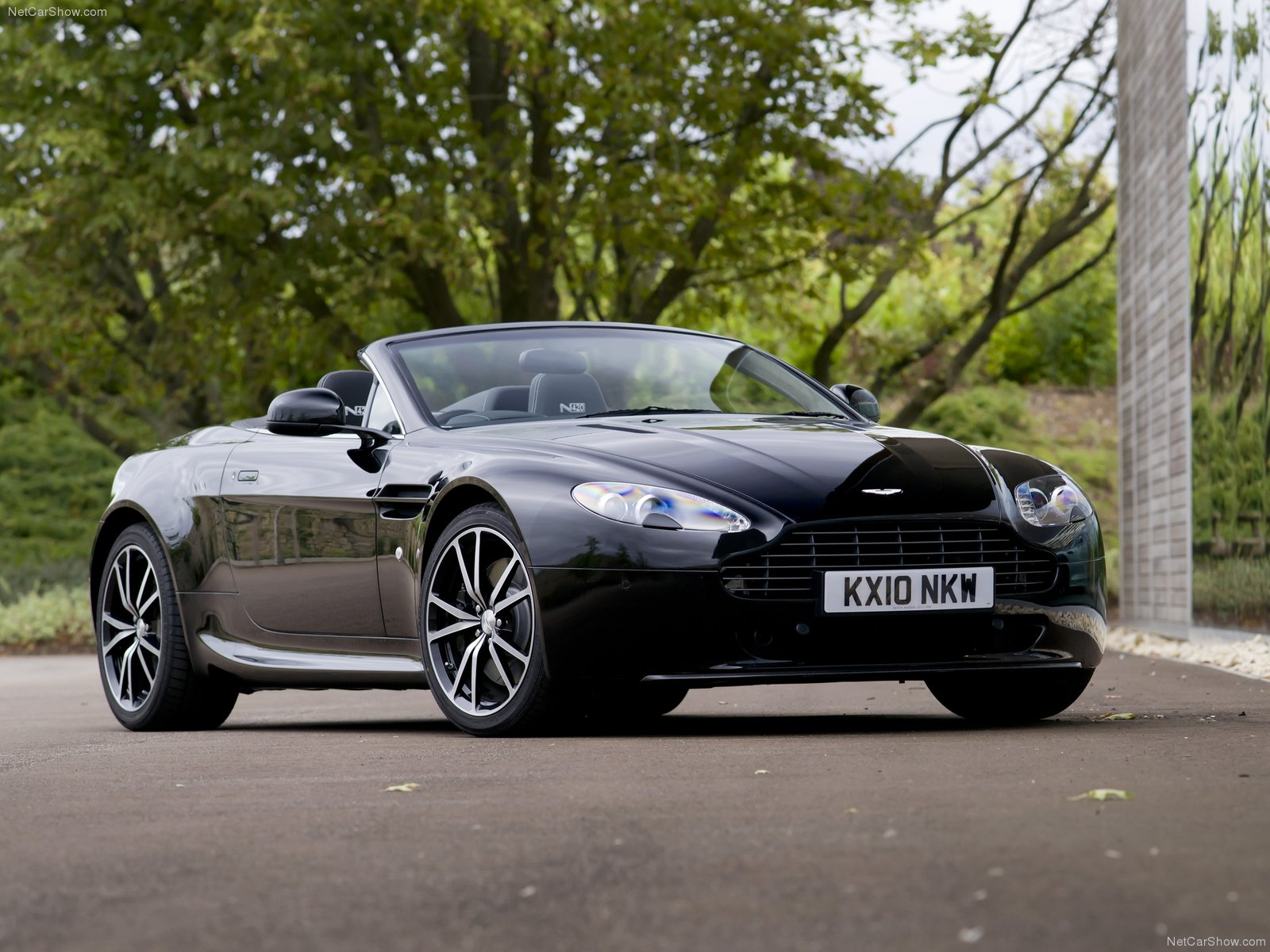 Aston Martin V8 Vantage N420 Roadster photo 75751