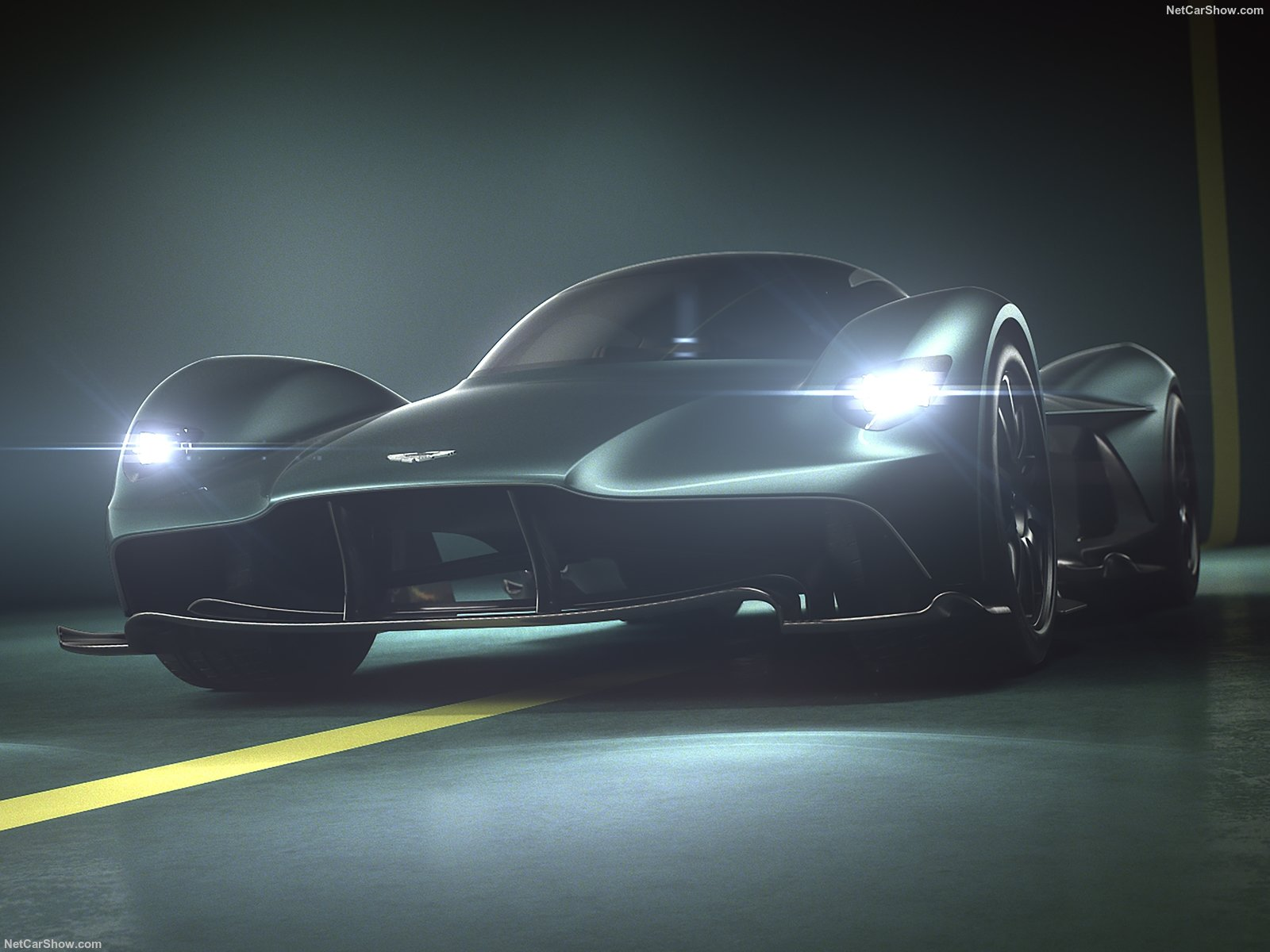 Aston Martin Valkyrie photo 191714