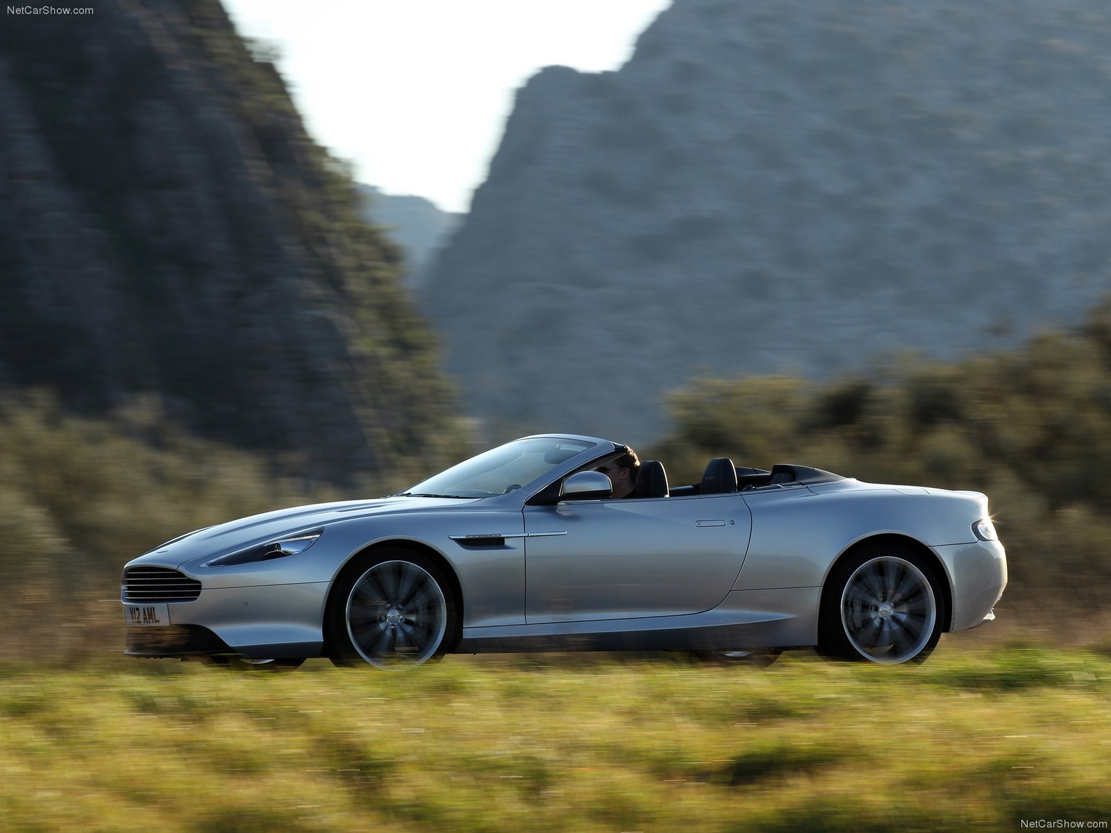 Aston Martin Virage Volante photo 79093