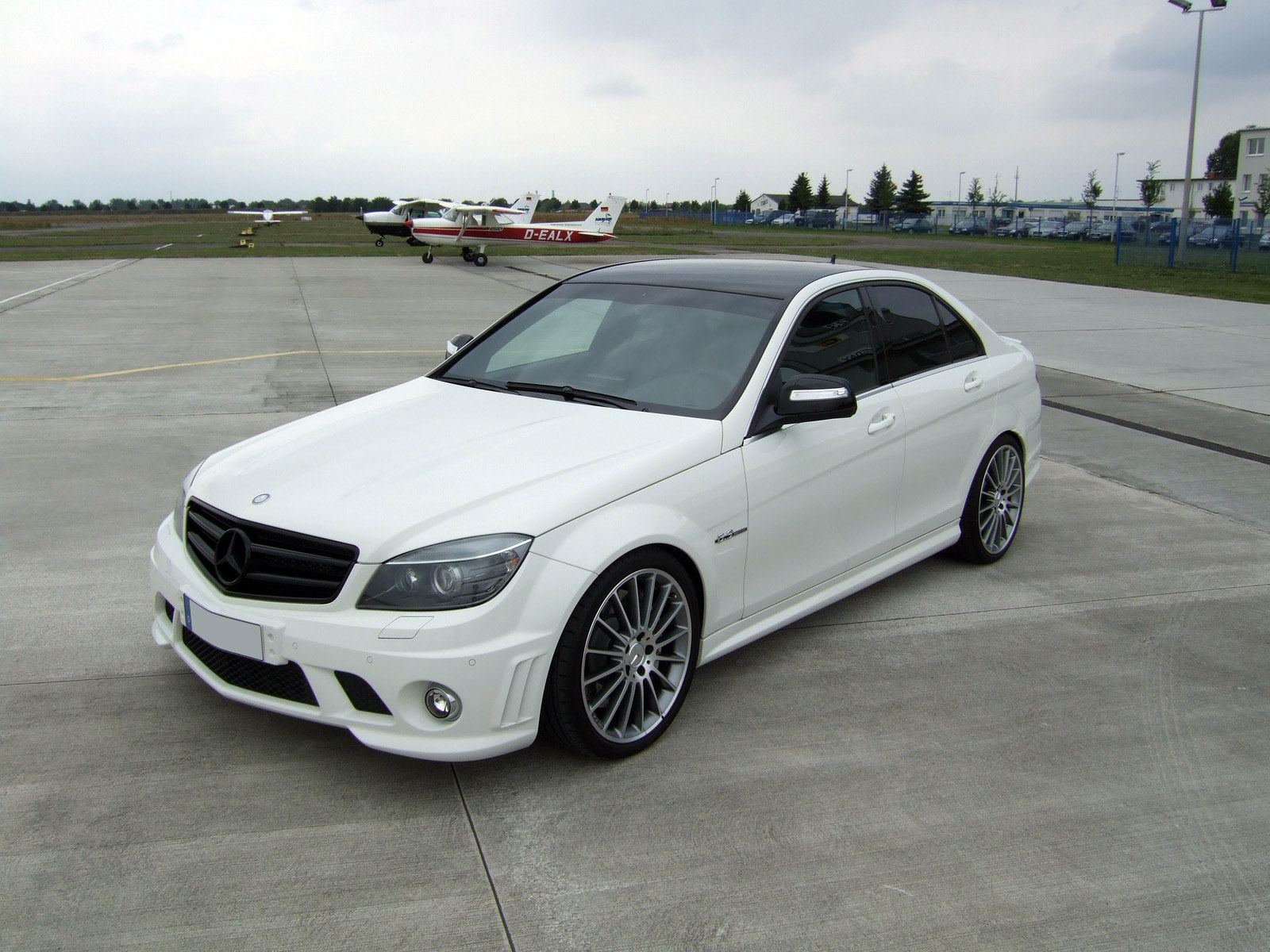 AVUS Performance Mercedes C63 AMG photo 64147