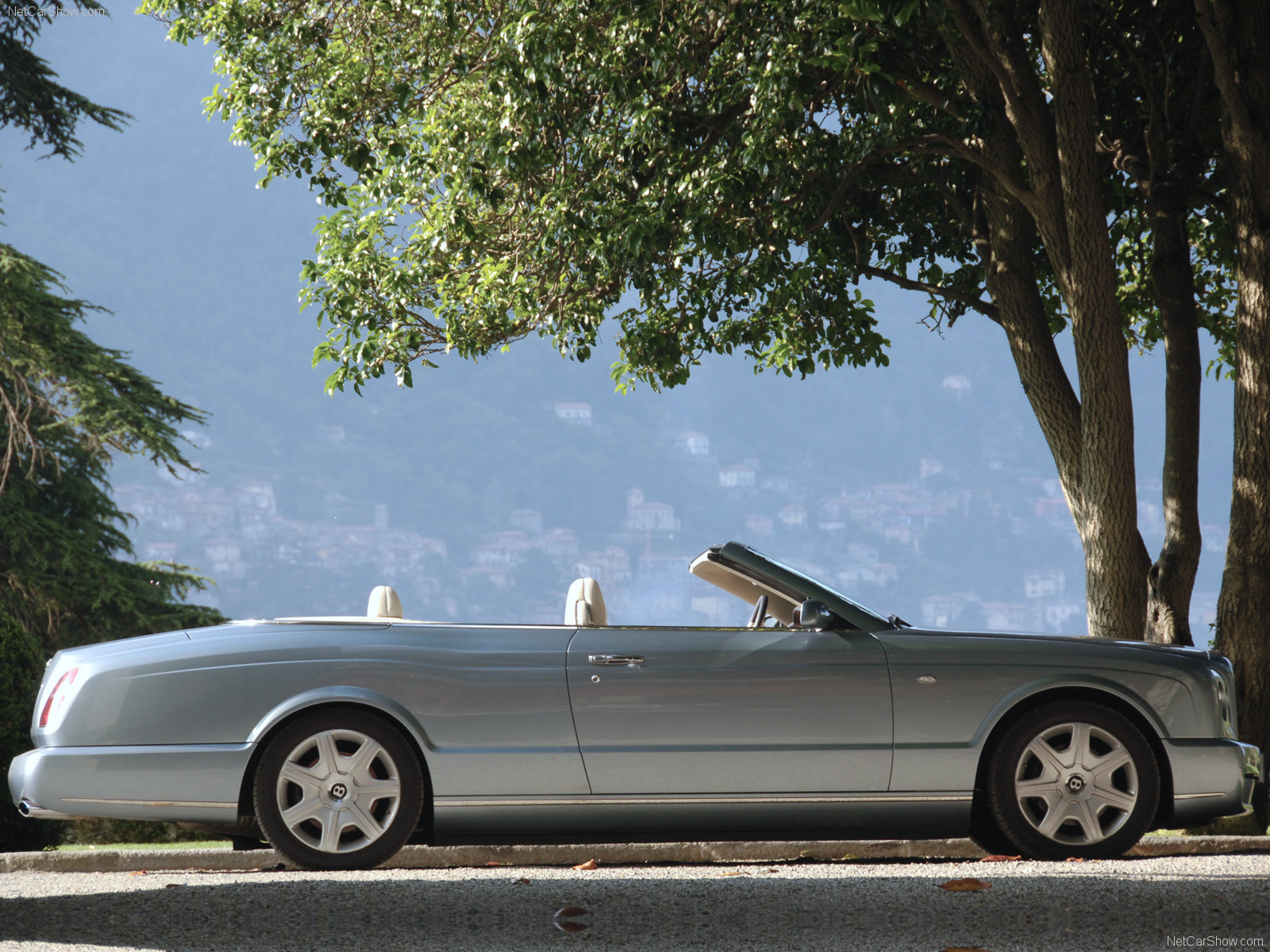 Bentley Azure photo 56397