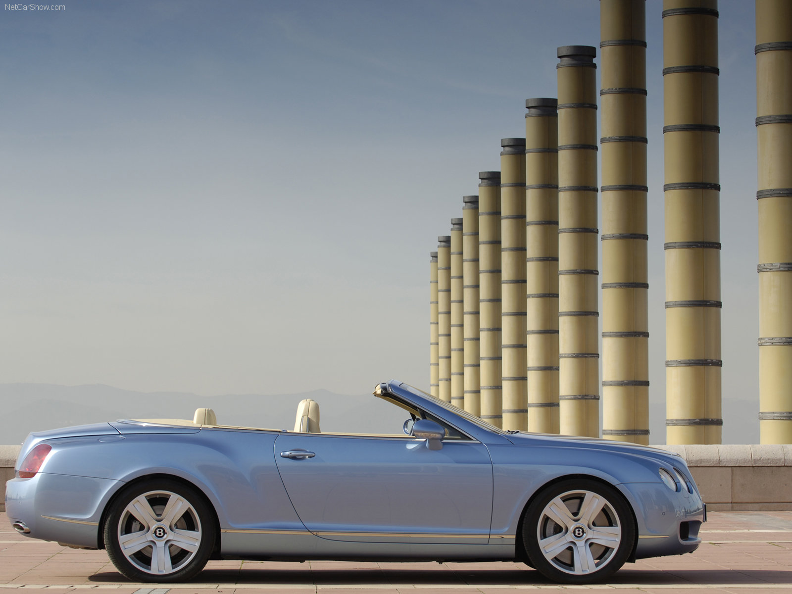 Bentley Continental GTC photo 33612