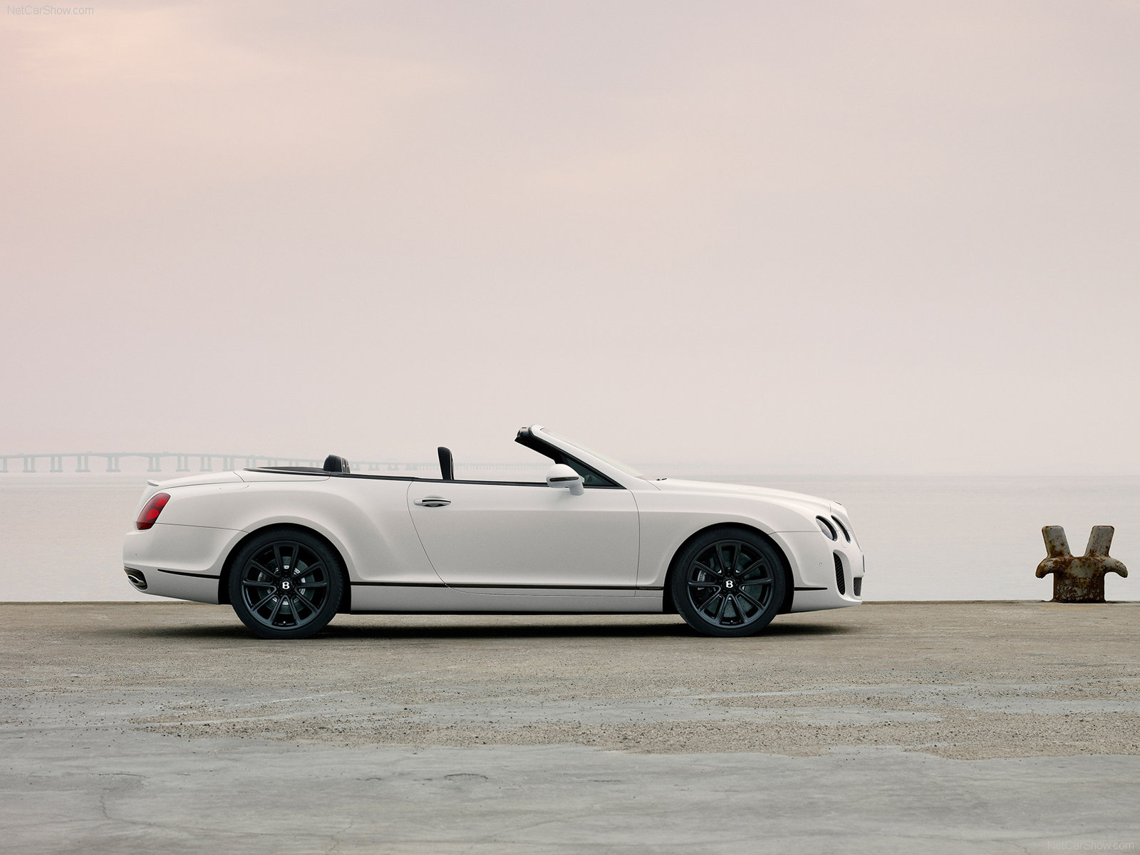 Bentley Continental Supersports Convertible photo 71917