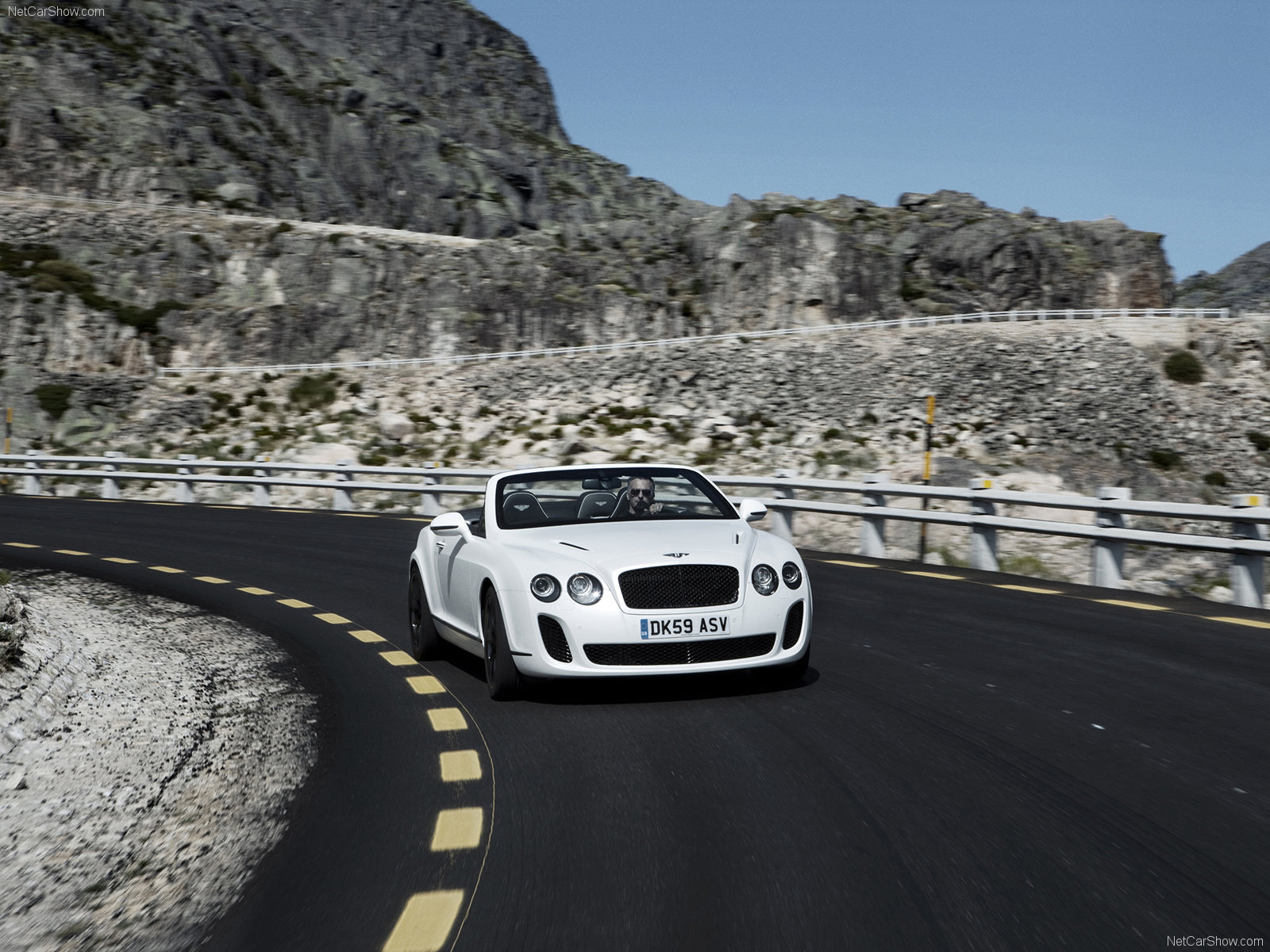 Bentley Continental Supersports Convertible photo 72728