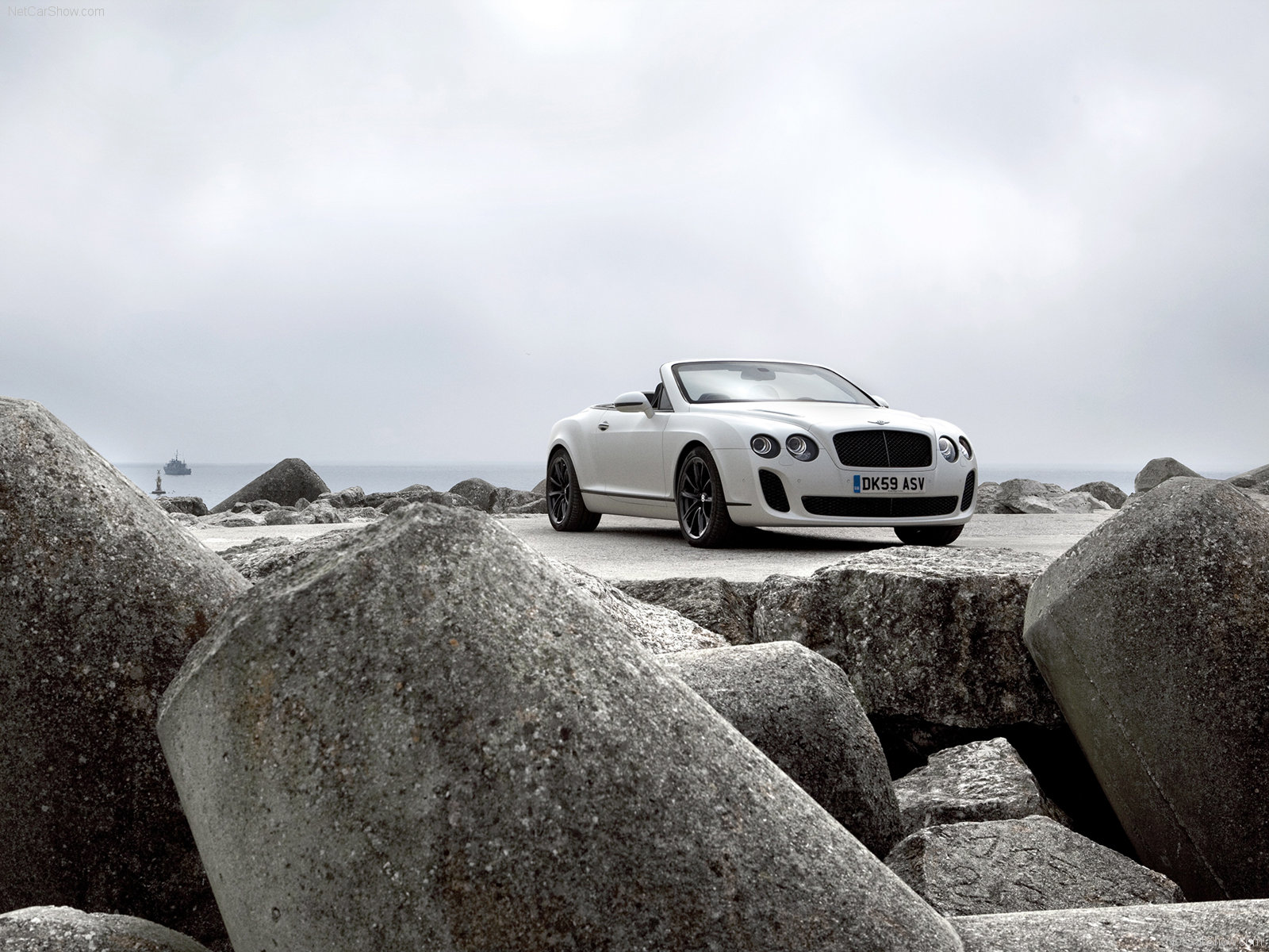 Bentley Continental Supersports Convertible photo 72735