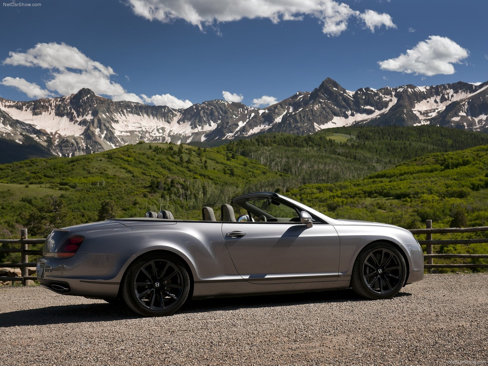 Bentley Continental Supersports Convertible photo 74448