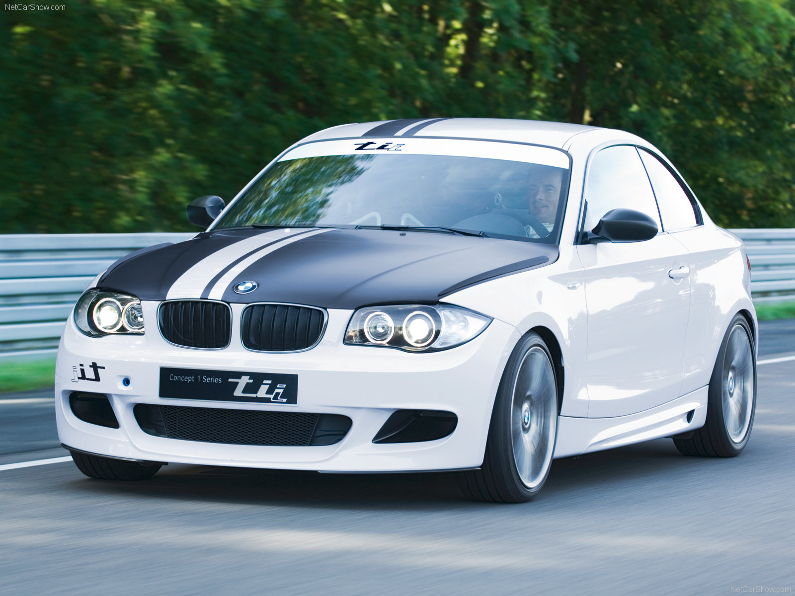 BMW 1-series tii photo 48601
