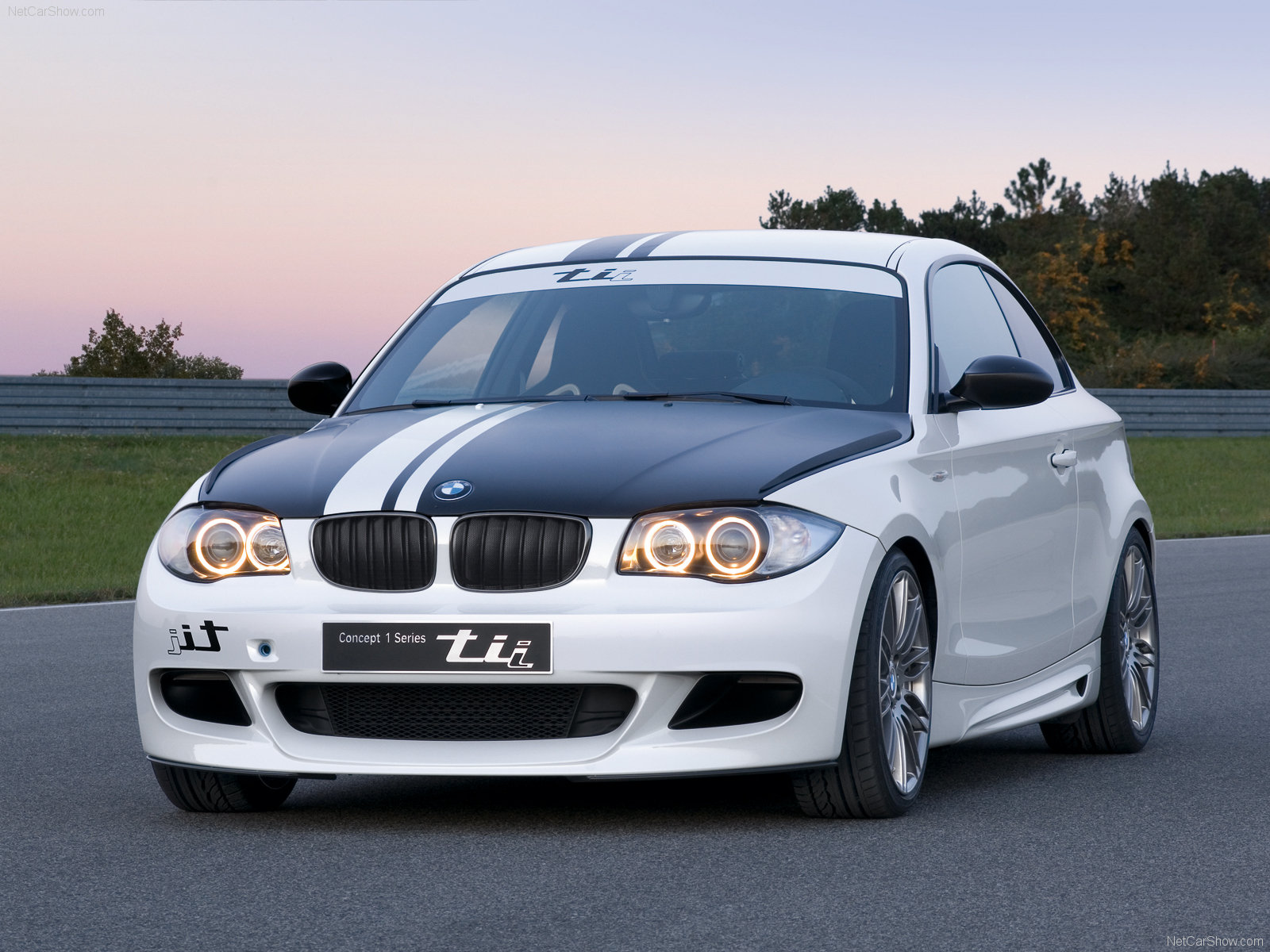 BMW 1-series tii photo 48602