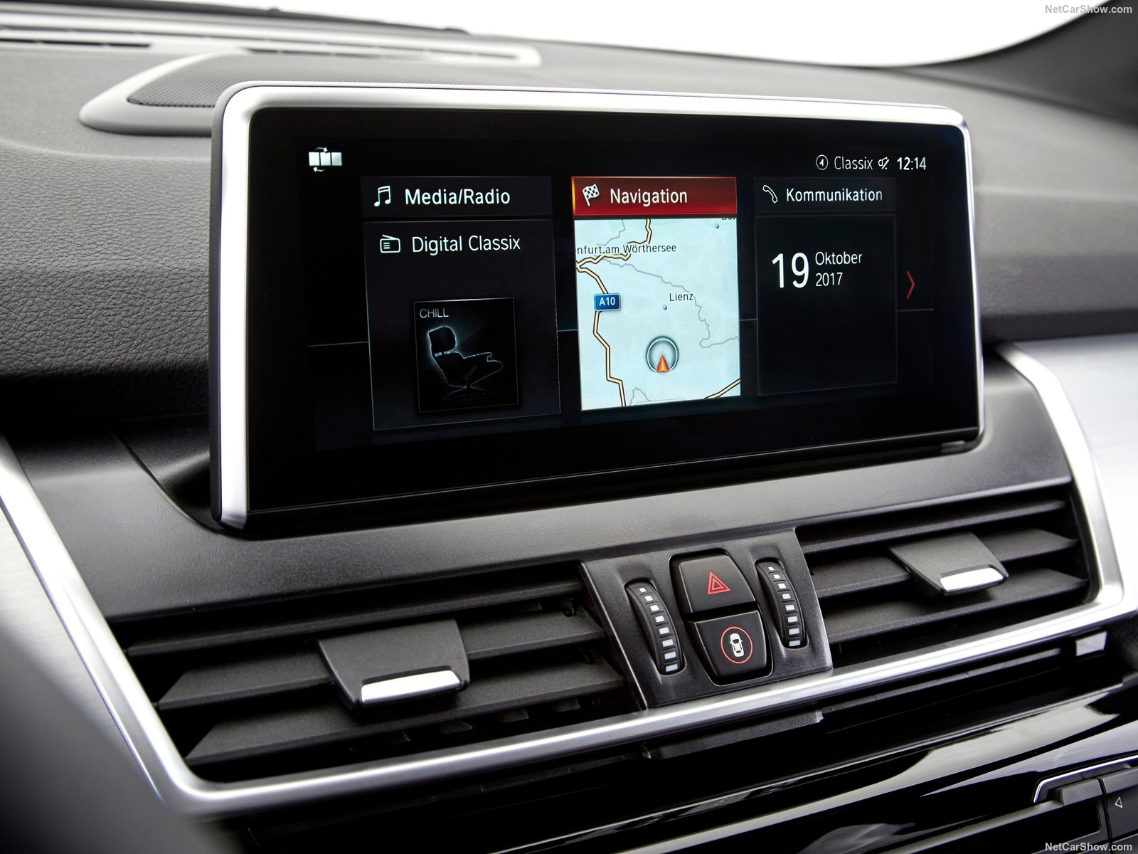 BMW 2-Series Active Tourer photo 185699