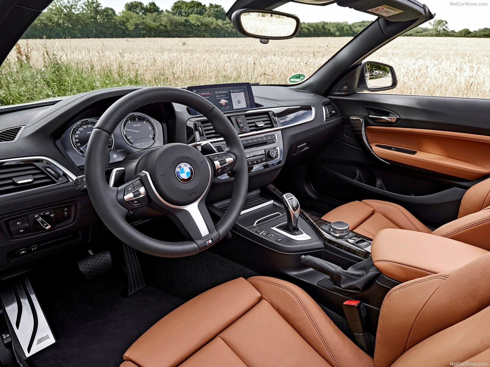BMW 2-Series Convertible photo 180462