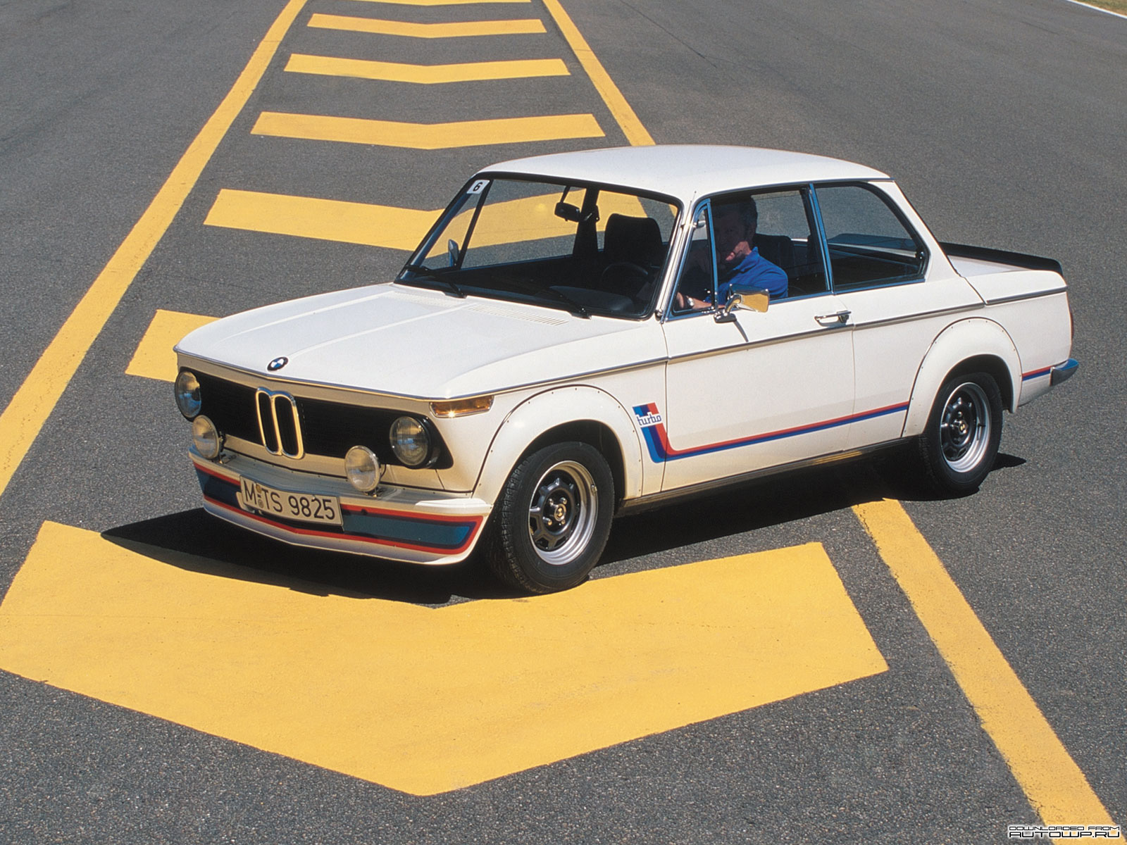 BMW 2002 Turbo photo 62508