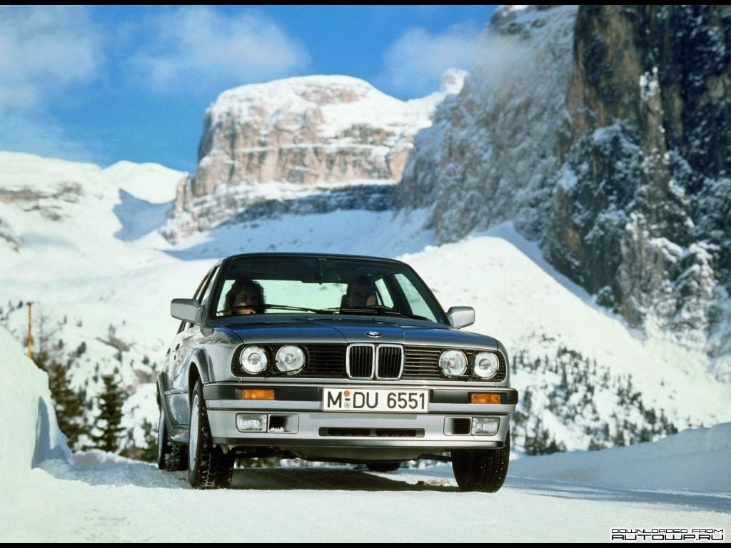 BMW 3-series E30 photo 58782