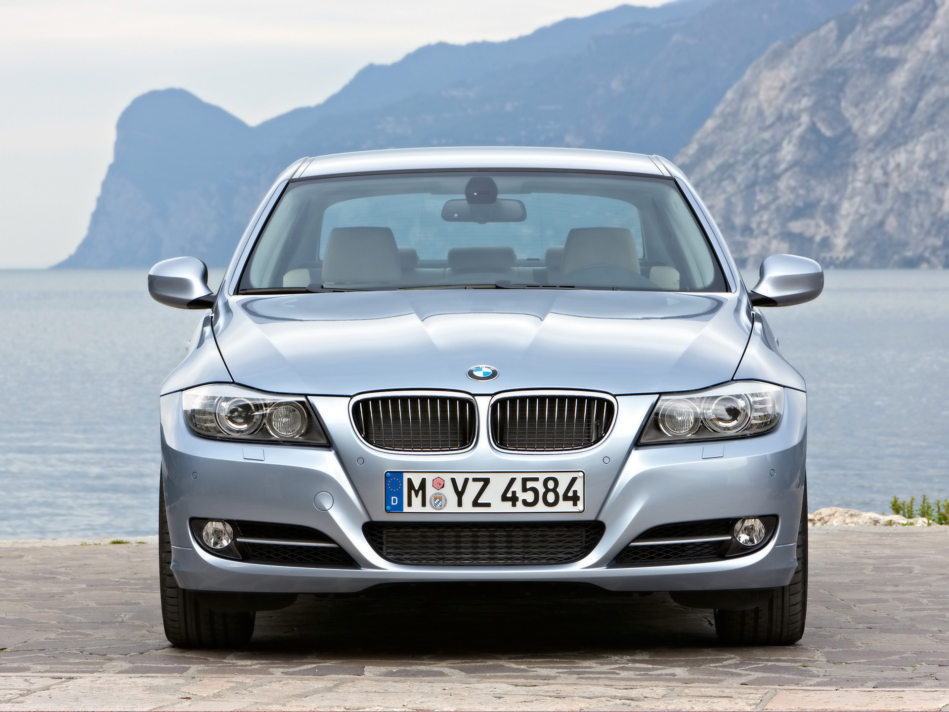 BMW 3-series E90 photo 57219