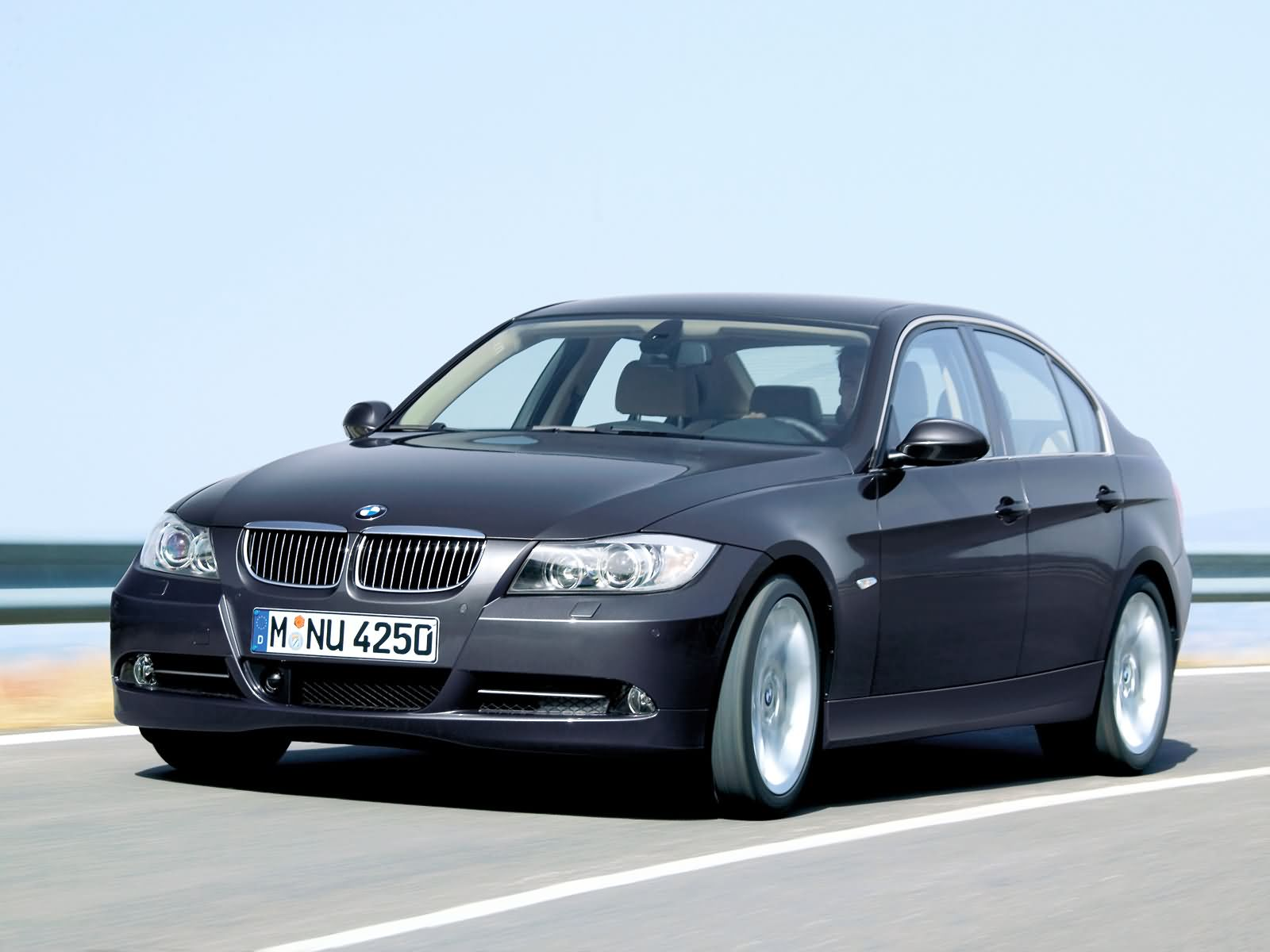 BMW 3-series photo 16388