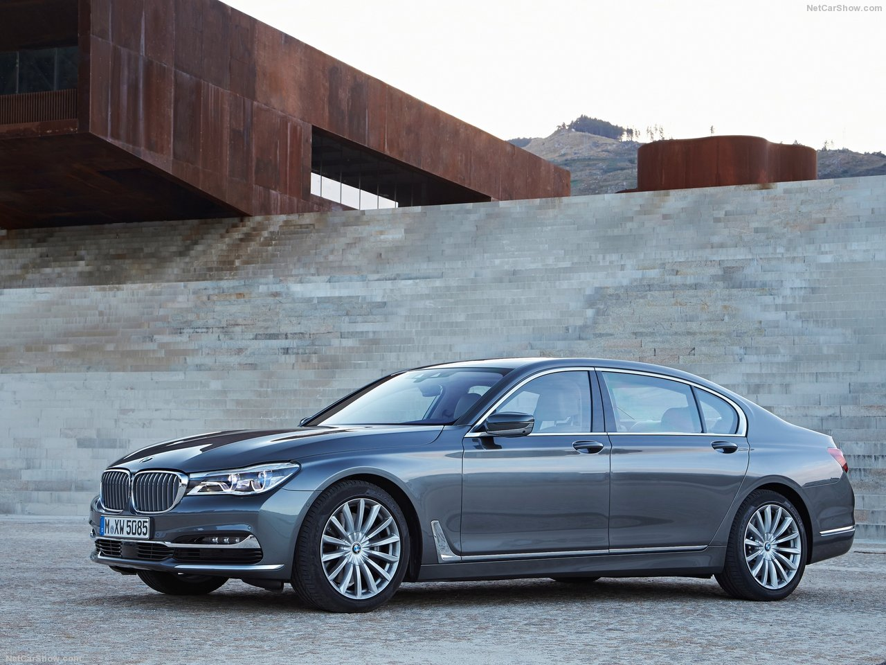 BMW 750Li xDrive photo 149043