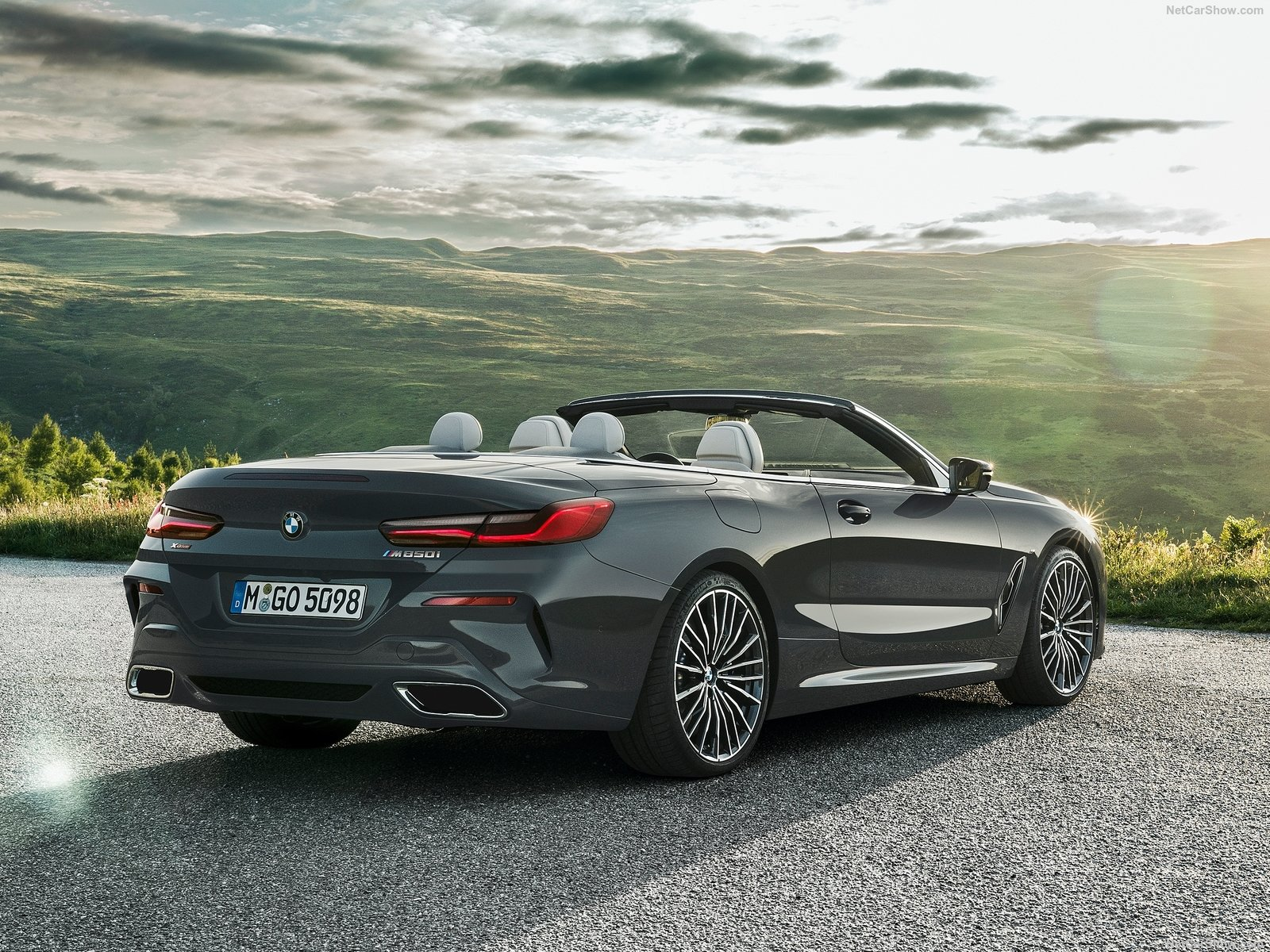 BMW 8-series Convertible photo 191685