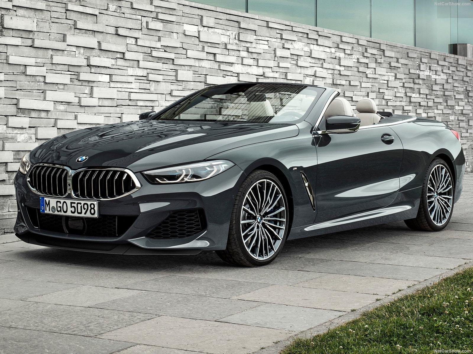BMW 8-series Convertible photo 191699