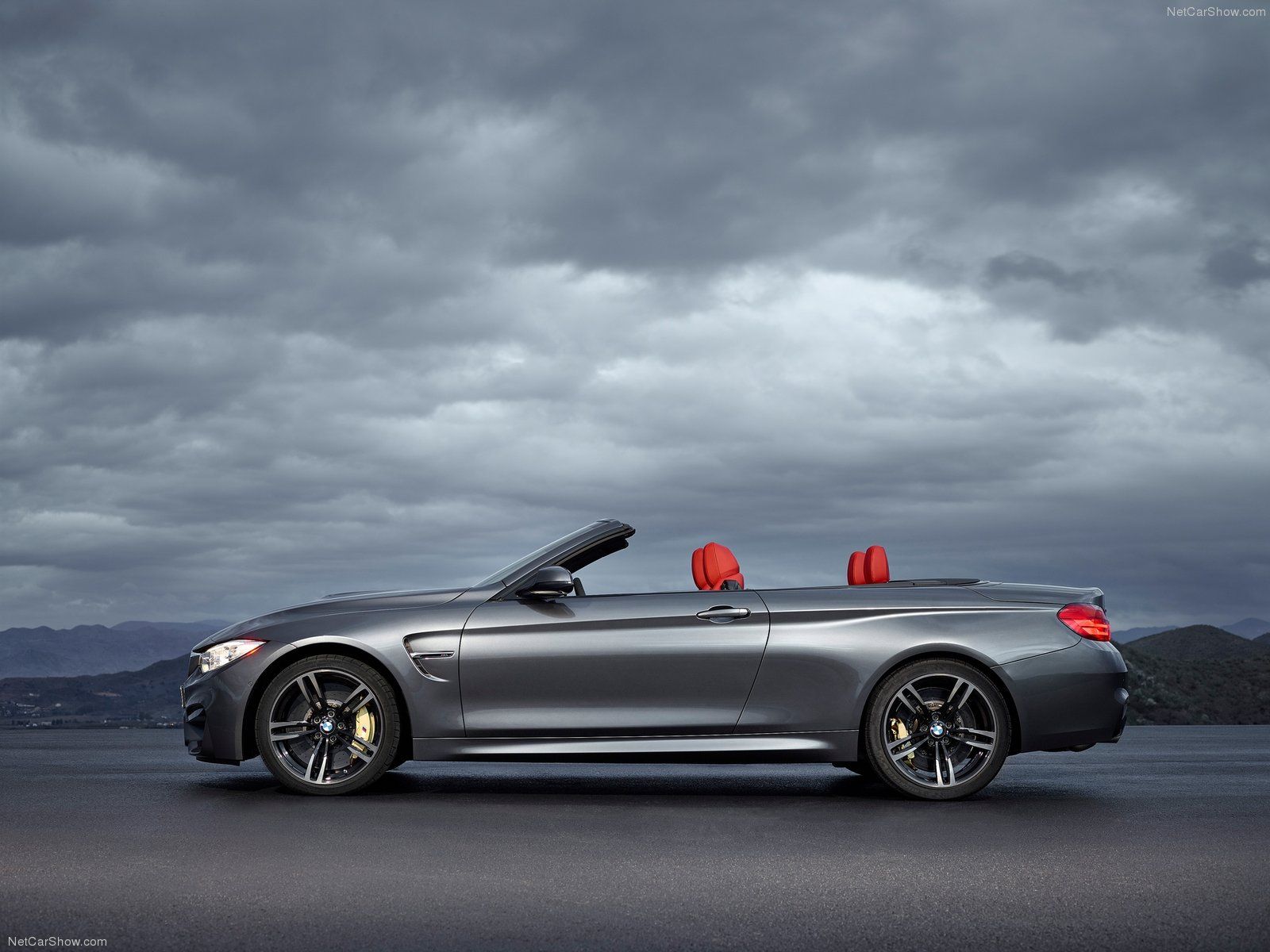 BMW M4 Convertible photo 128407