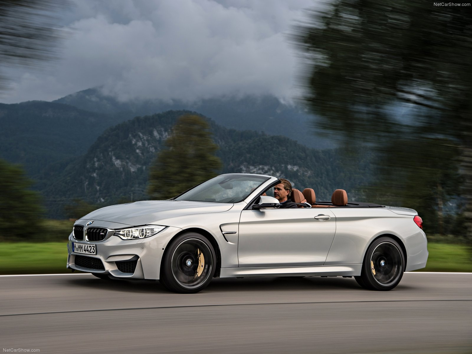BMW M4 Convertible photo 128413