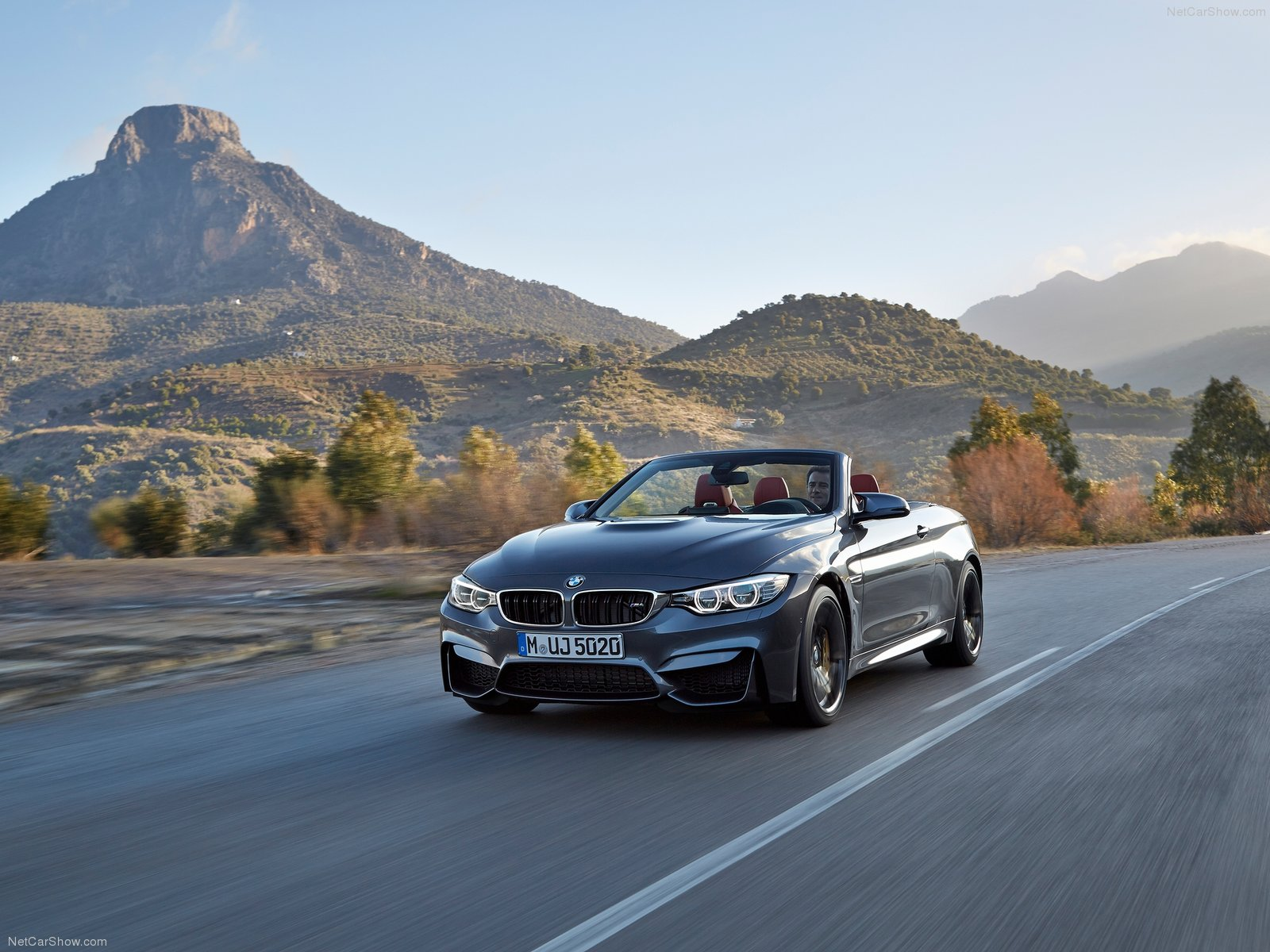 BMW M4 Convertible photo 128437