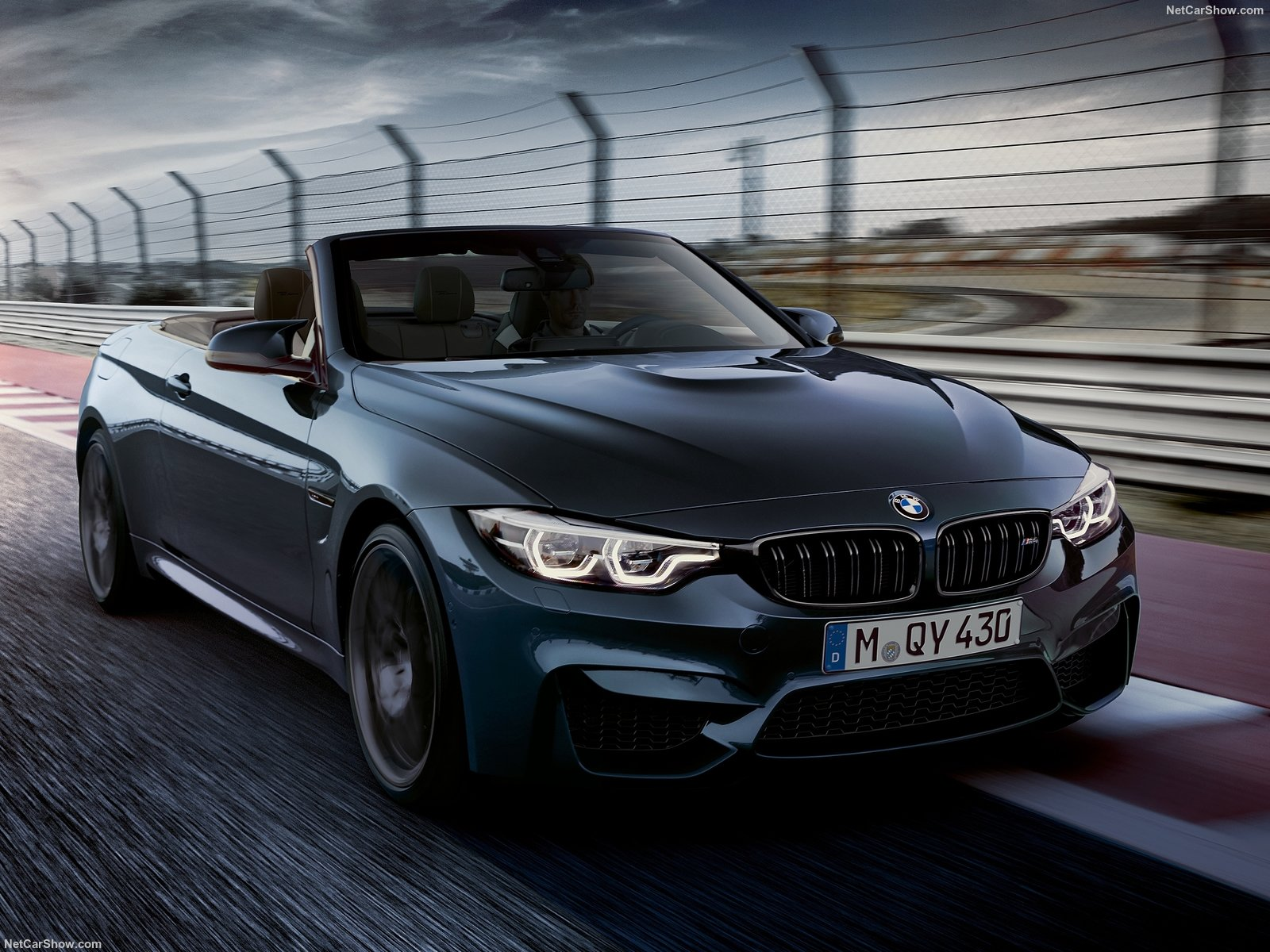 BMW M4 Convertible photo 186519