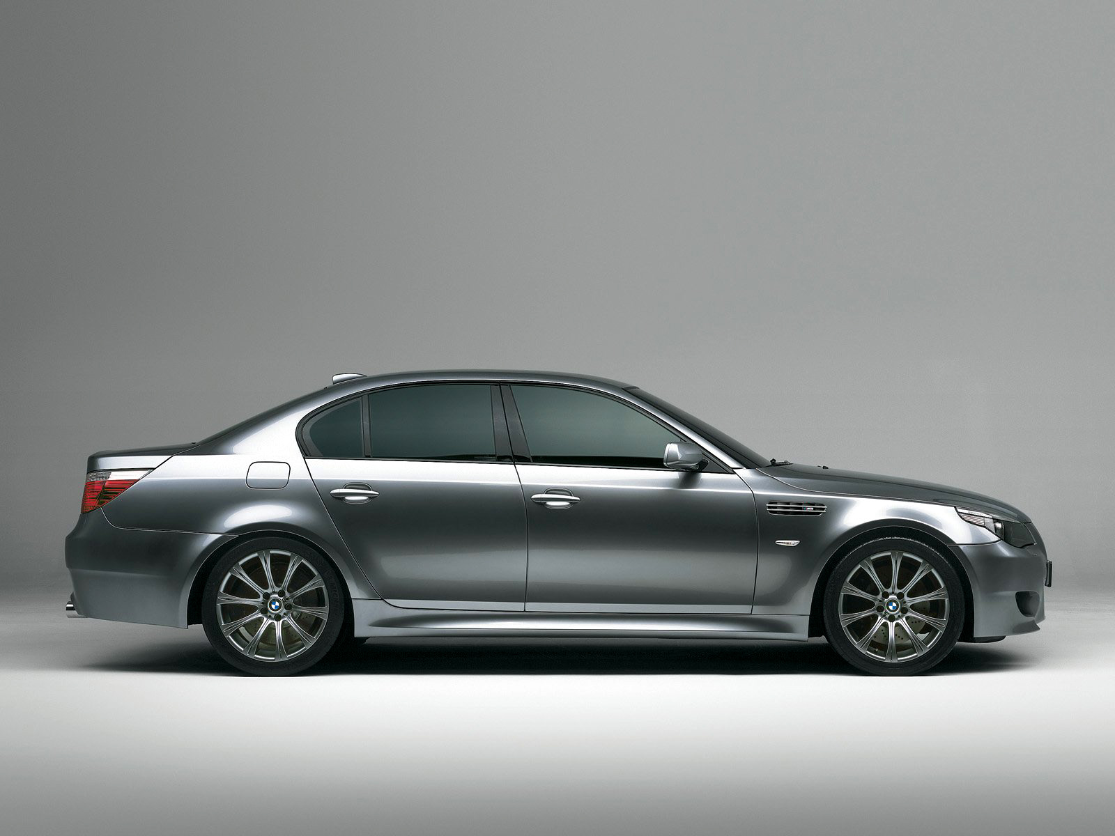 Bmw M5 E60 Picture 10067 Bmw Photo Gallery Carsbasecom
