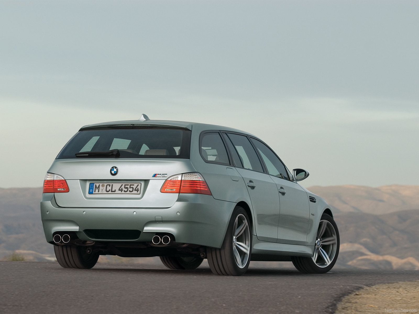 BMW M5 Touring photo 53907
