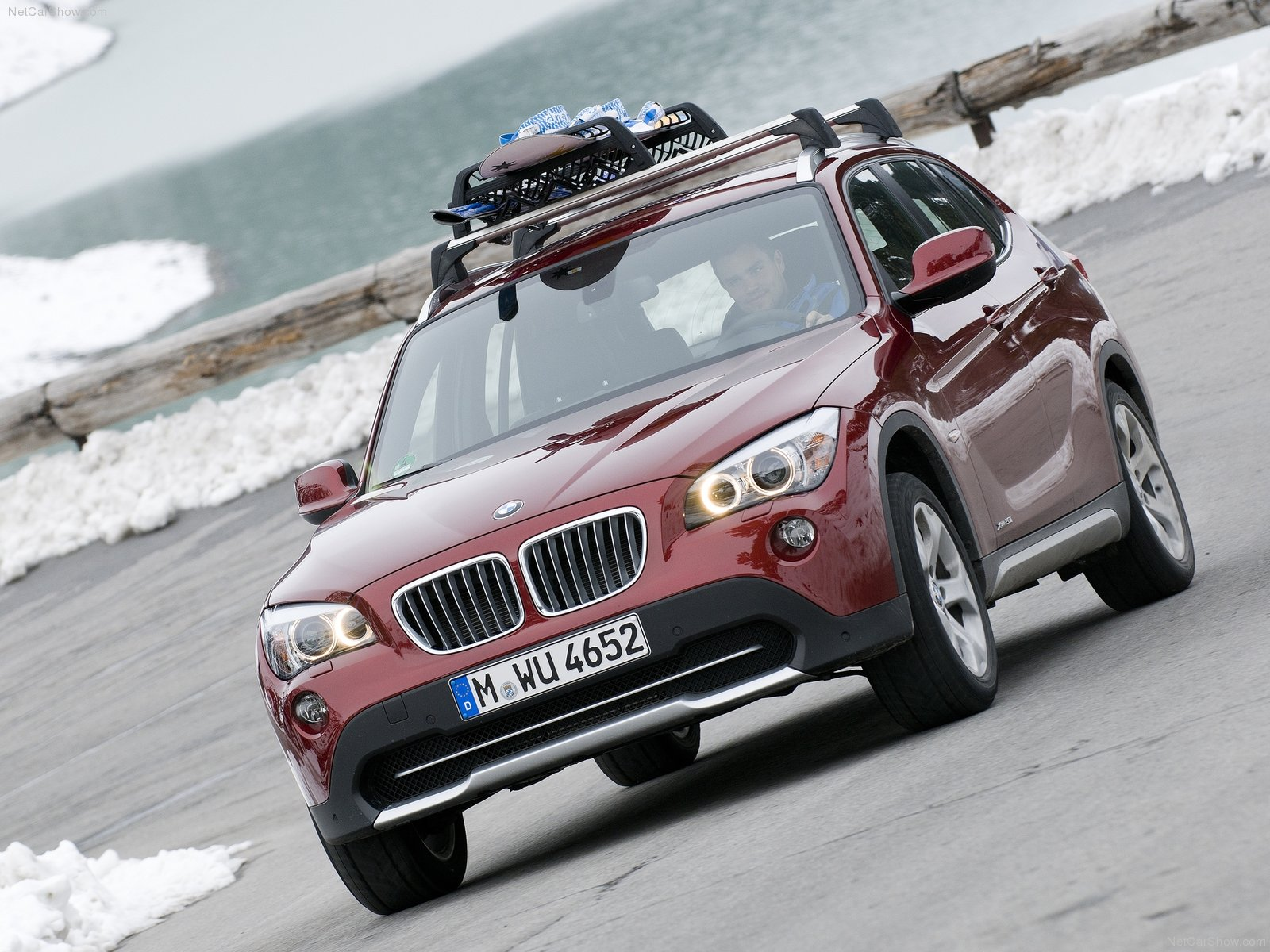 BMW X1 xDrive28i photo 78024