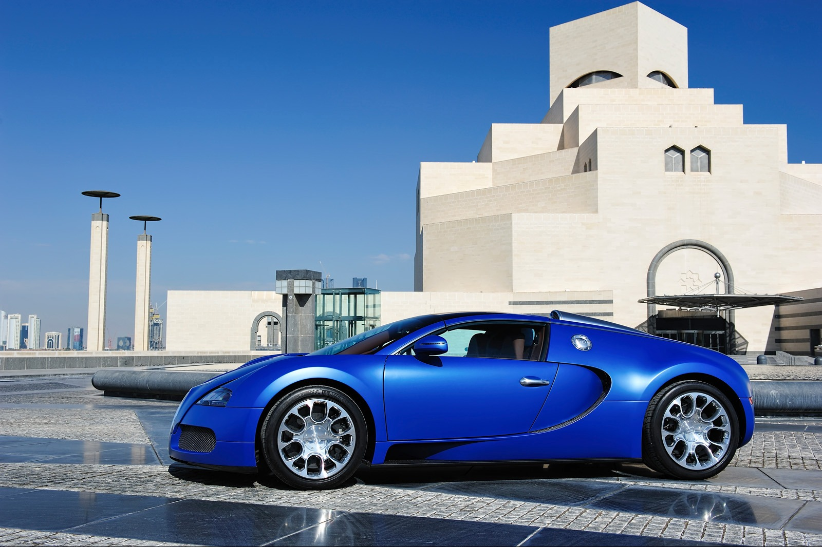 Bugatti Veyron photo 160958