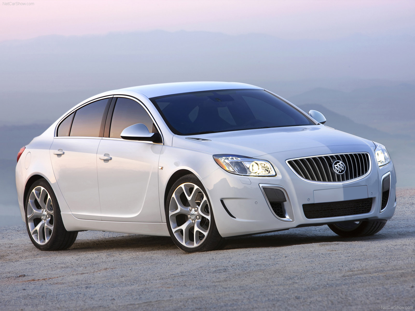 Buick Regal GS photo 70352