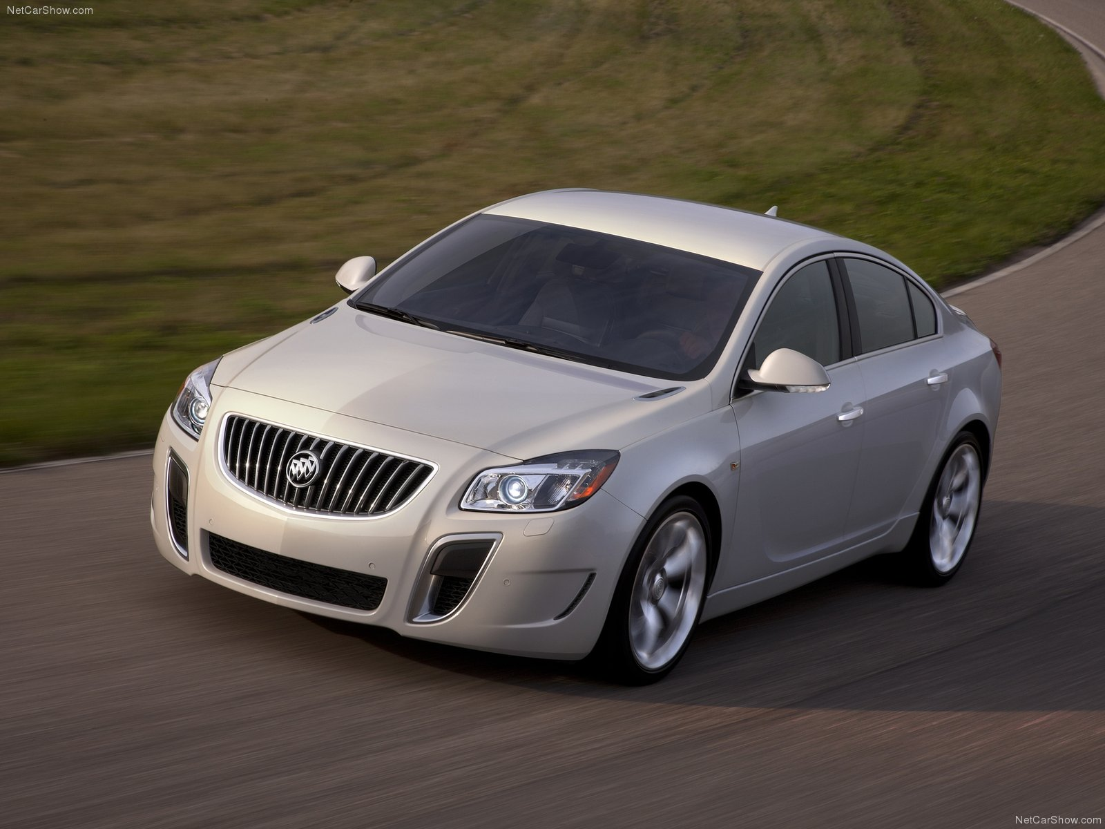 Buick Regal GS photo 76700