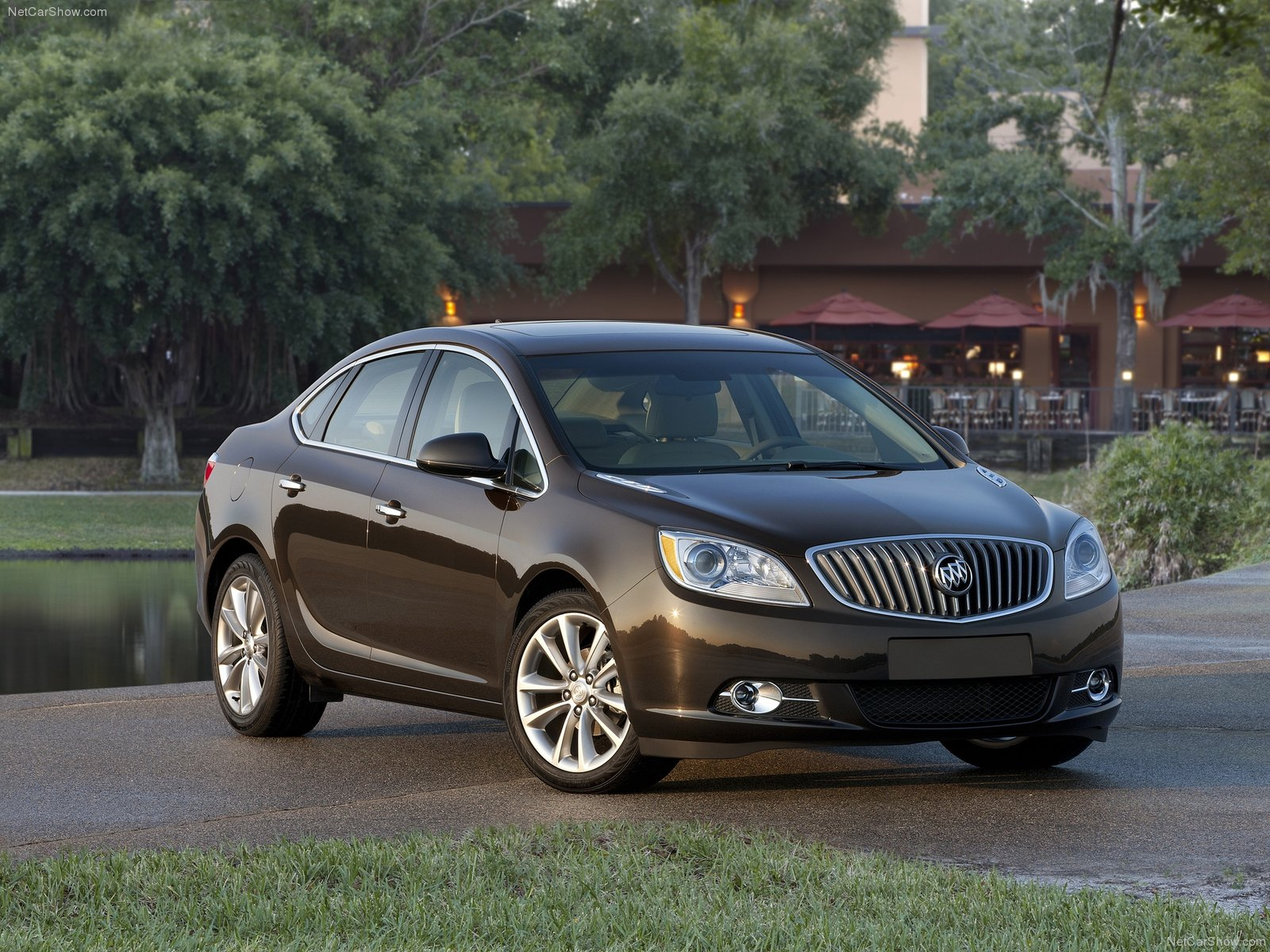 Buick Verano photo 77669