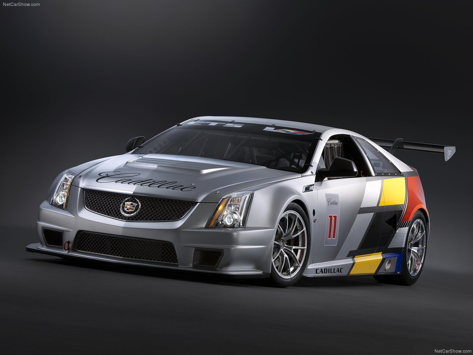 Cadillac CTS-V Coupe Race Car photo 77658