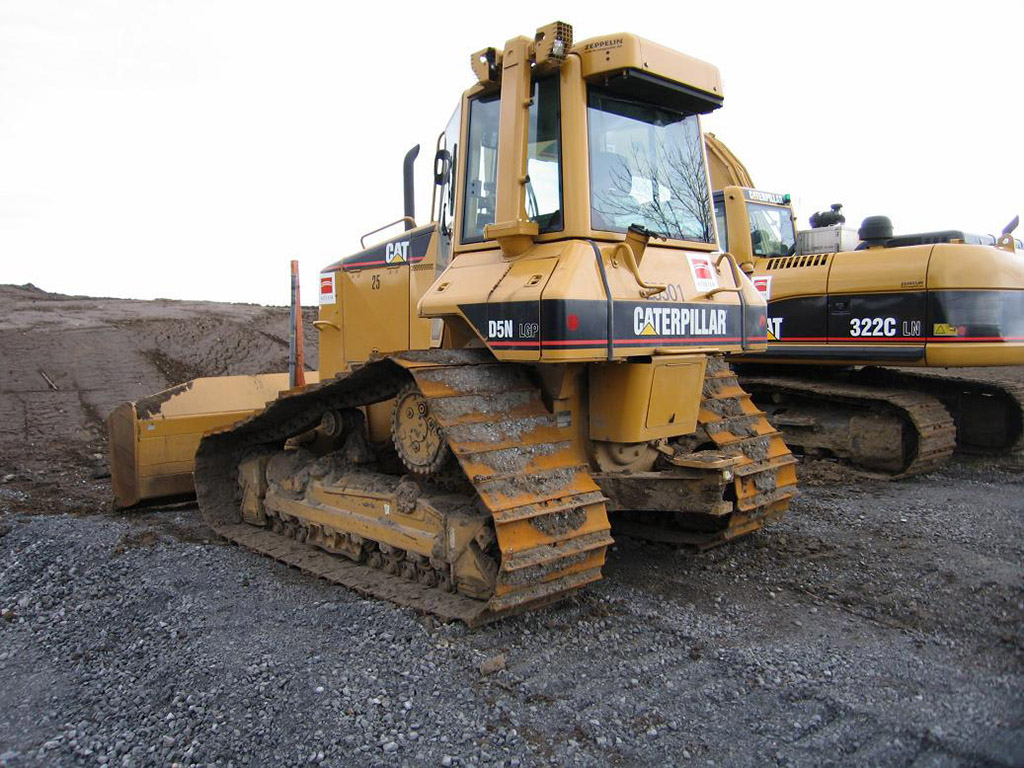 Caterpillar D5 photo 49383