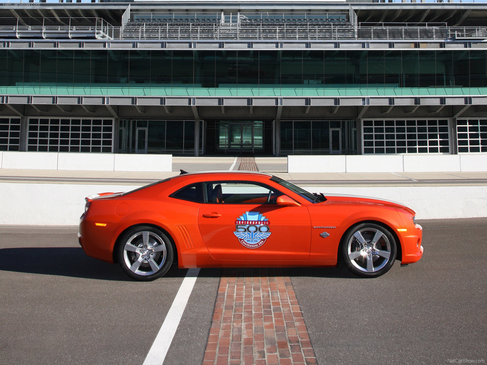 Chevrolet Camaro SS Indy 500 Pace Car photo 70021