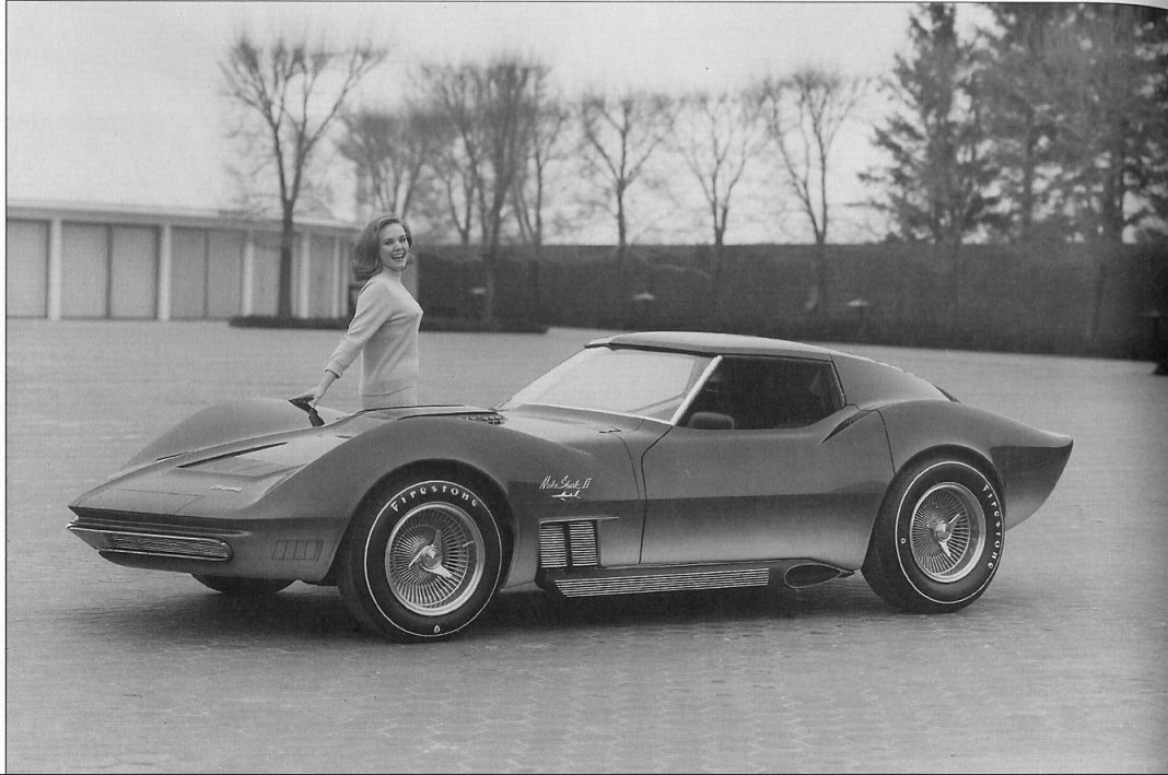 Chevrolet Corvette Mako Shark II photo 37695