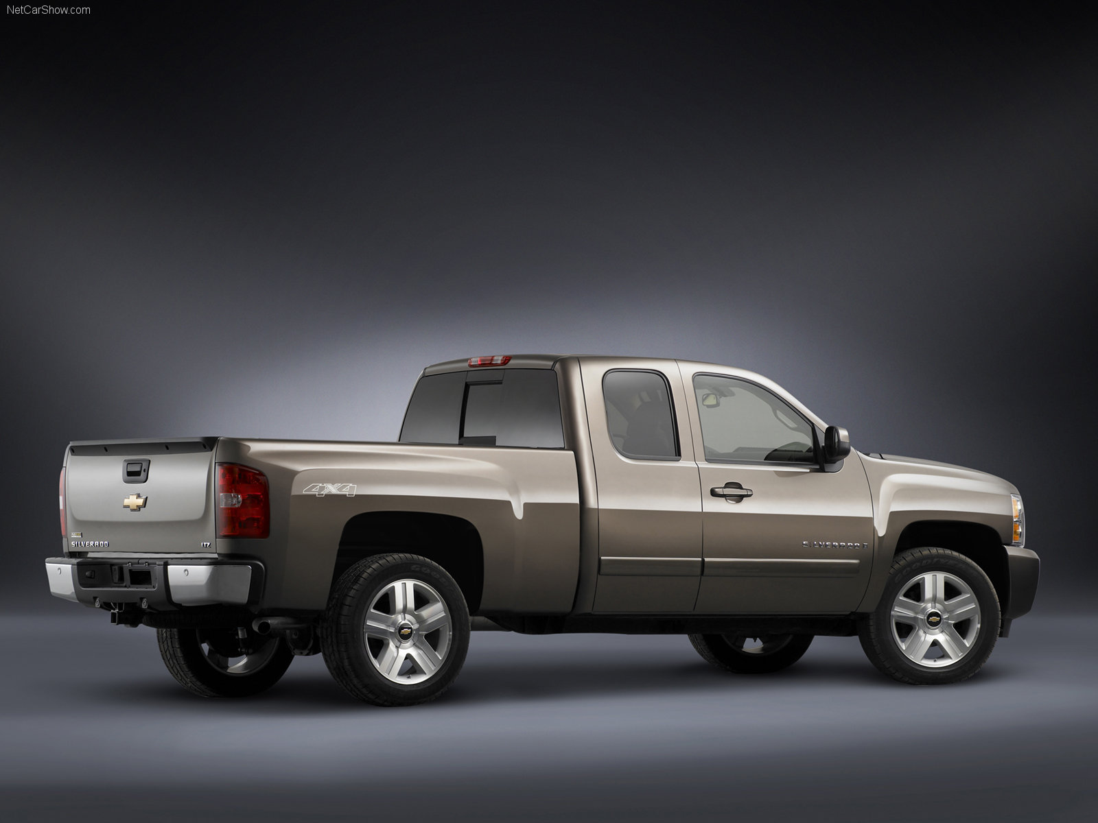 Chevrolet Silverado Extended Cab photo 37527
