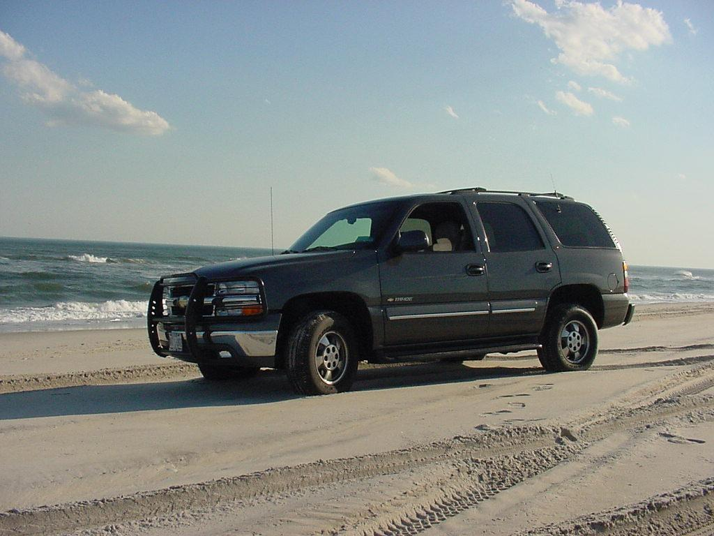 Chevrolet Tahoe photo 24487