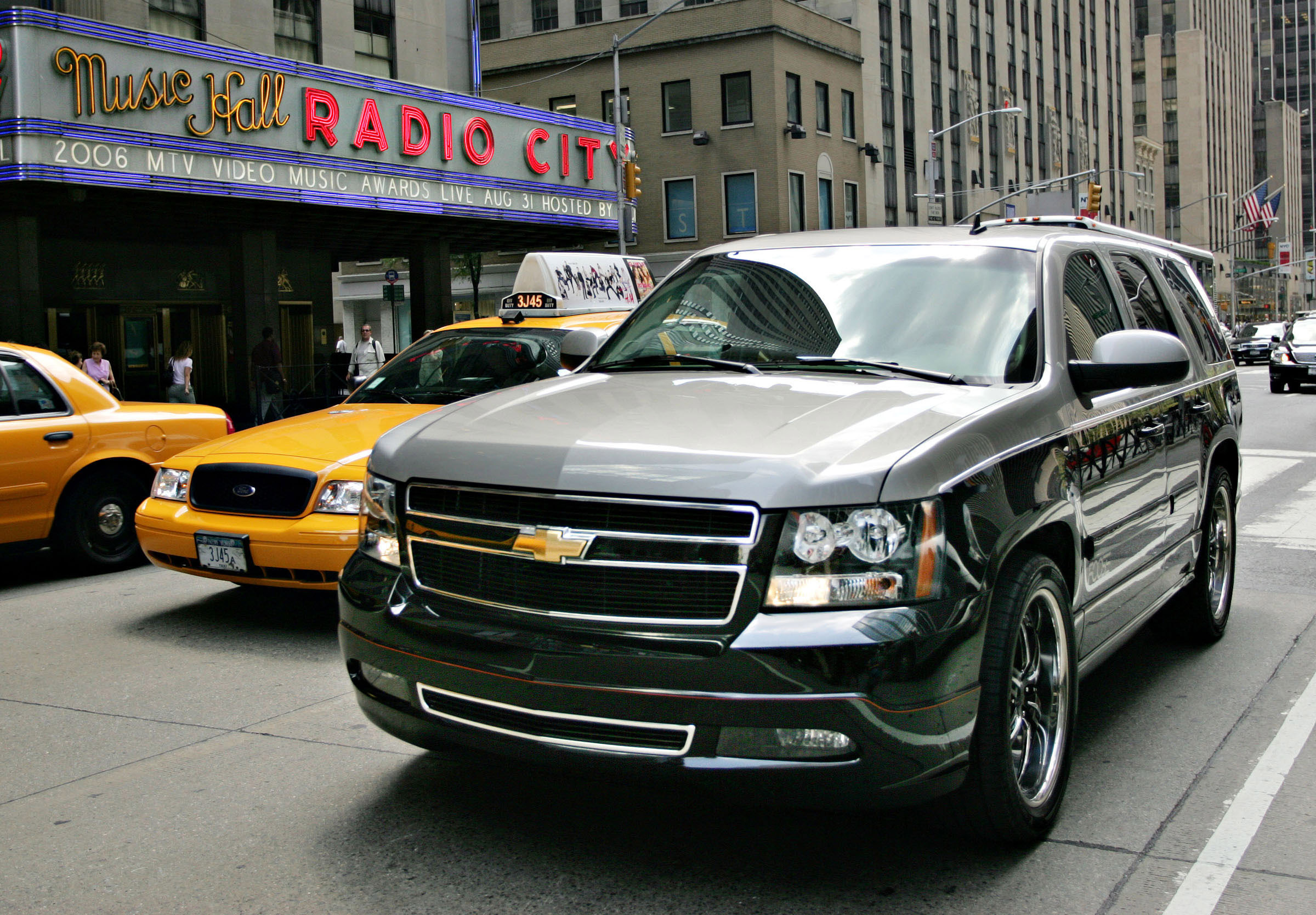 Chevrolet Tahoe photo 40184