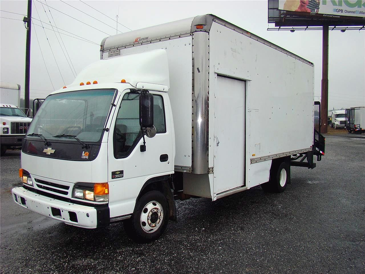 Chevrolet W3500 photos - PhotoGallery with 3 pics | CarsBase com