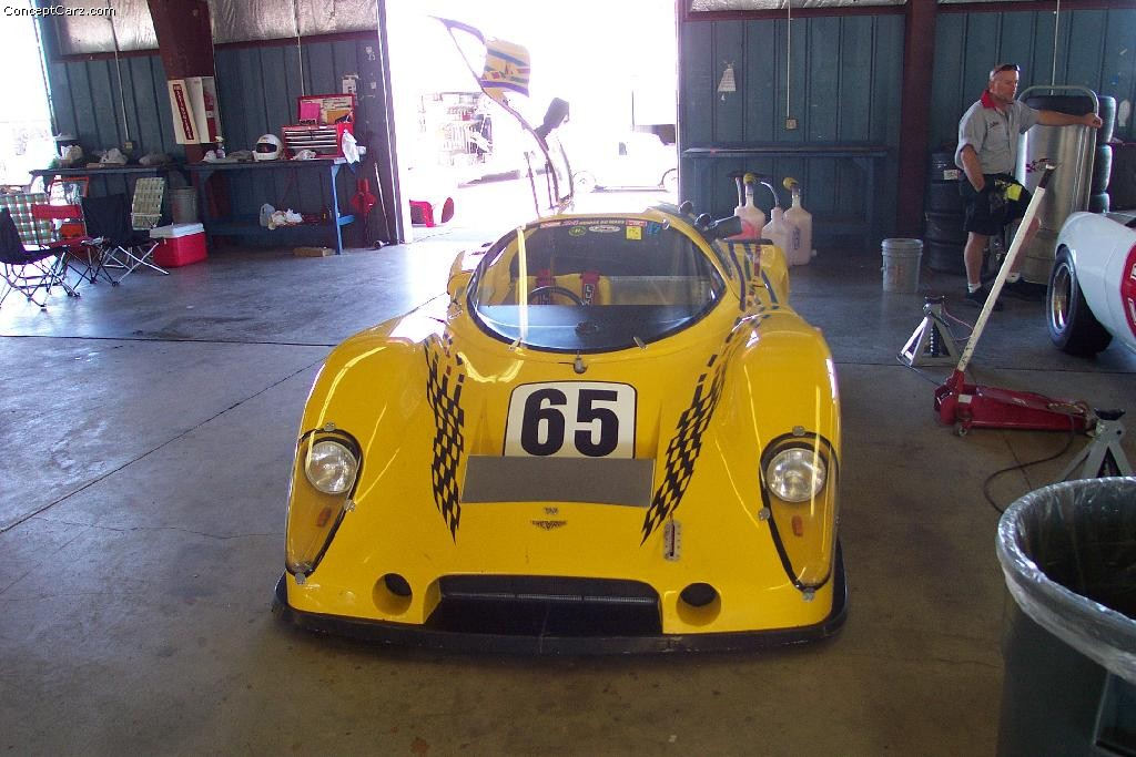 Chevron B62 photo 20394