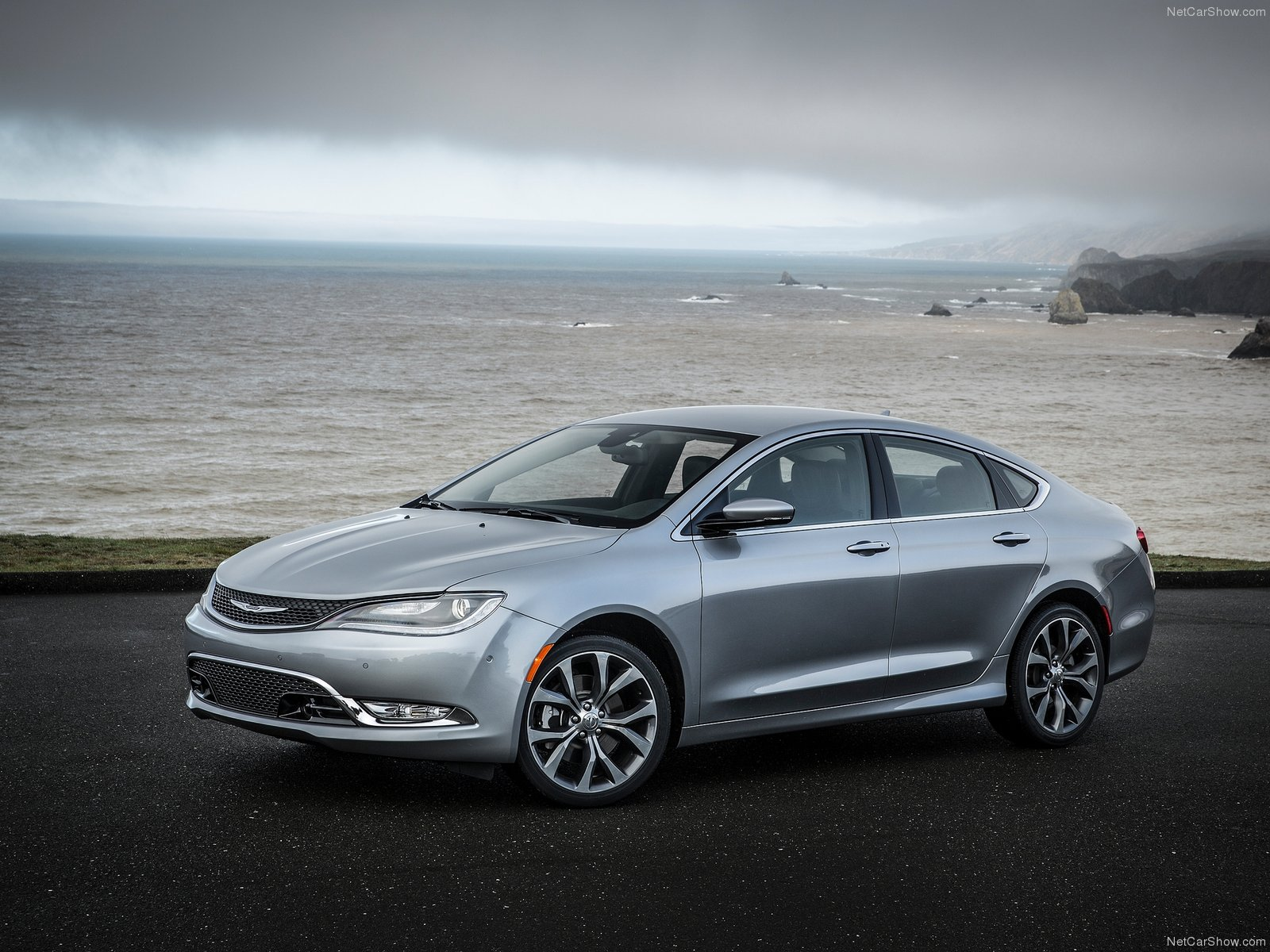 Chrysler 200 photo 114439