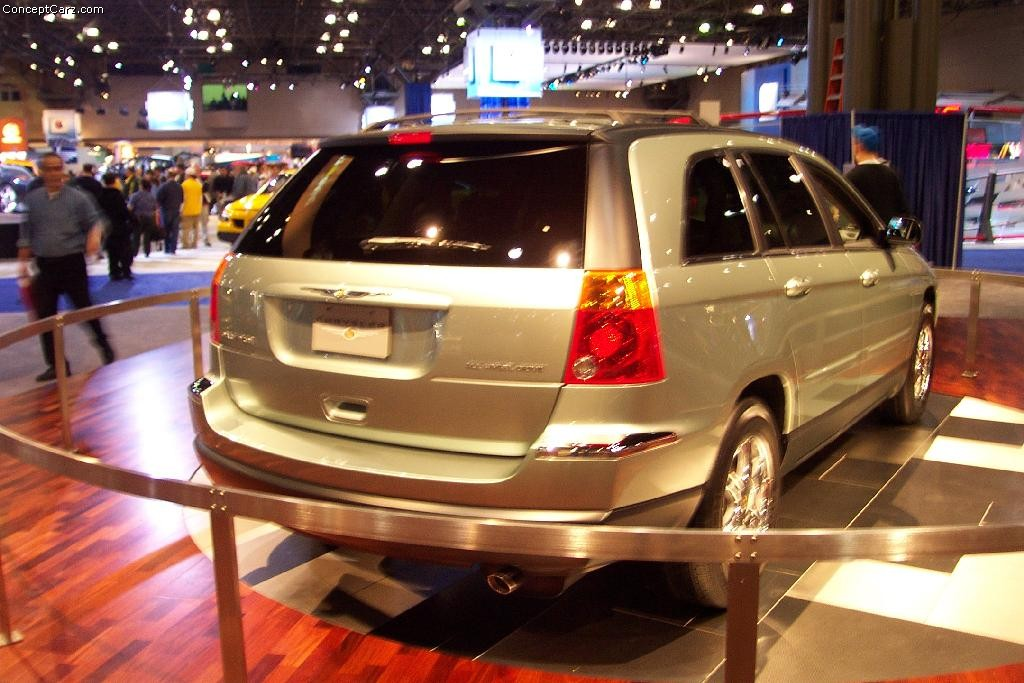 Chrysler Pacifica photo 20811
