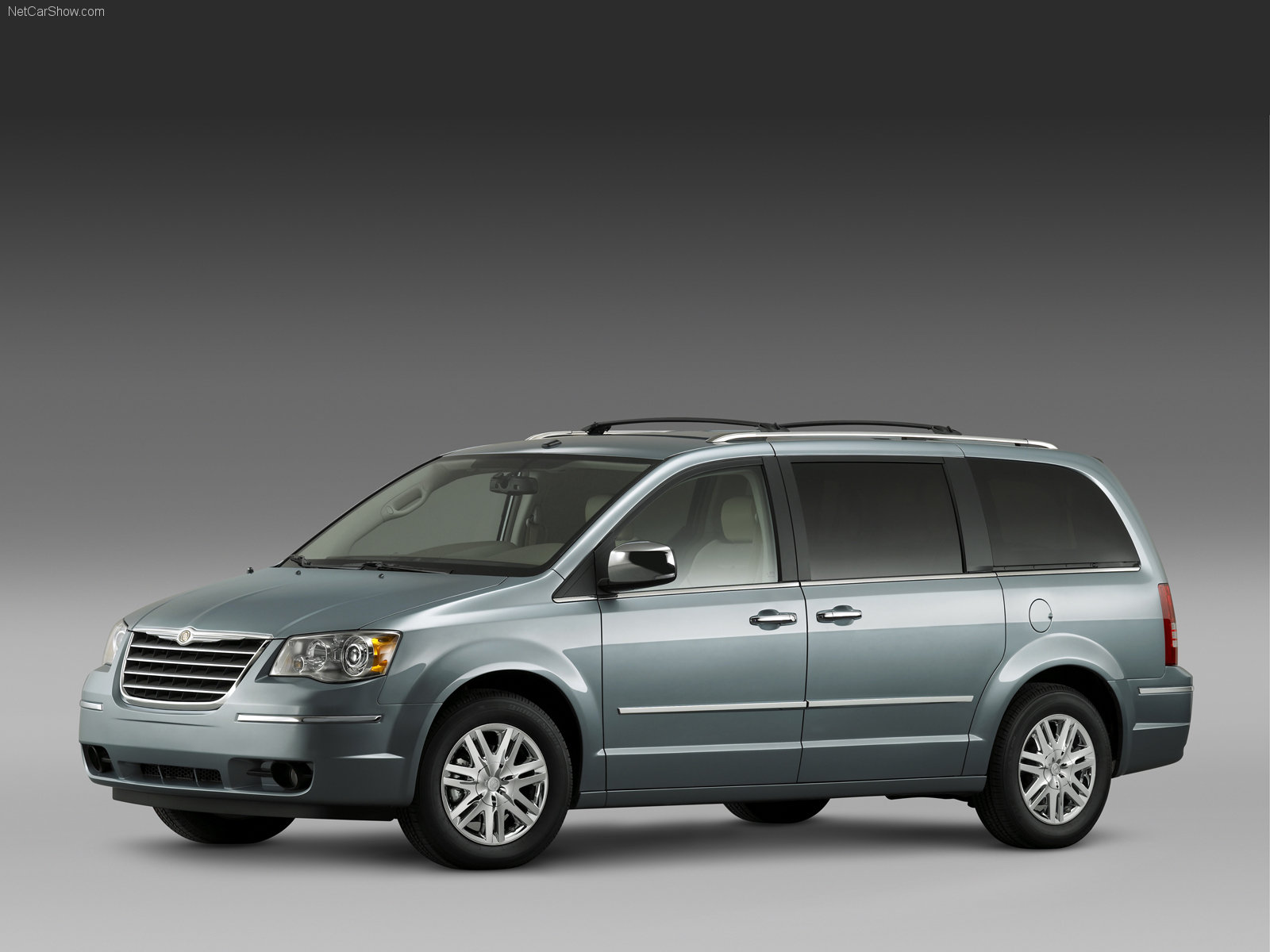 Chrysler Town&Country photo 40577