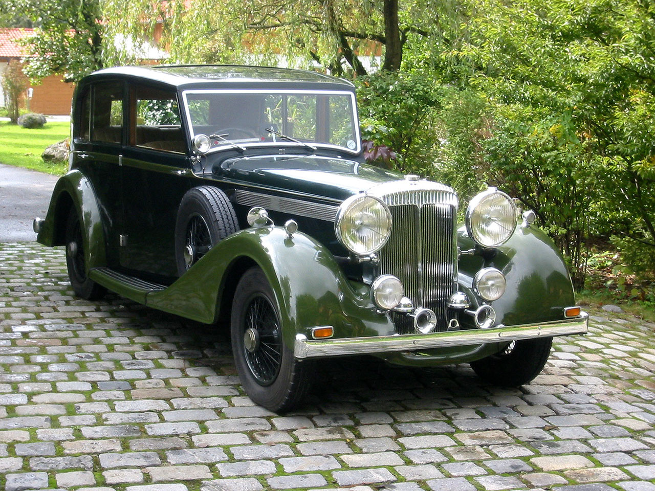 Daimler Light Straight Eight Sports Saloon (1938) photo 45525